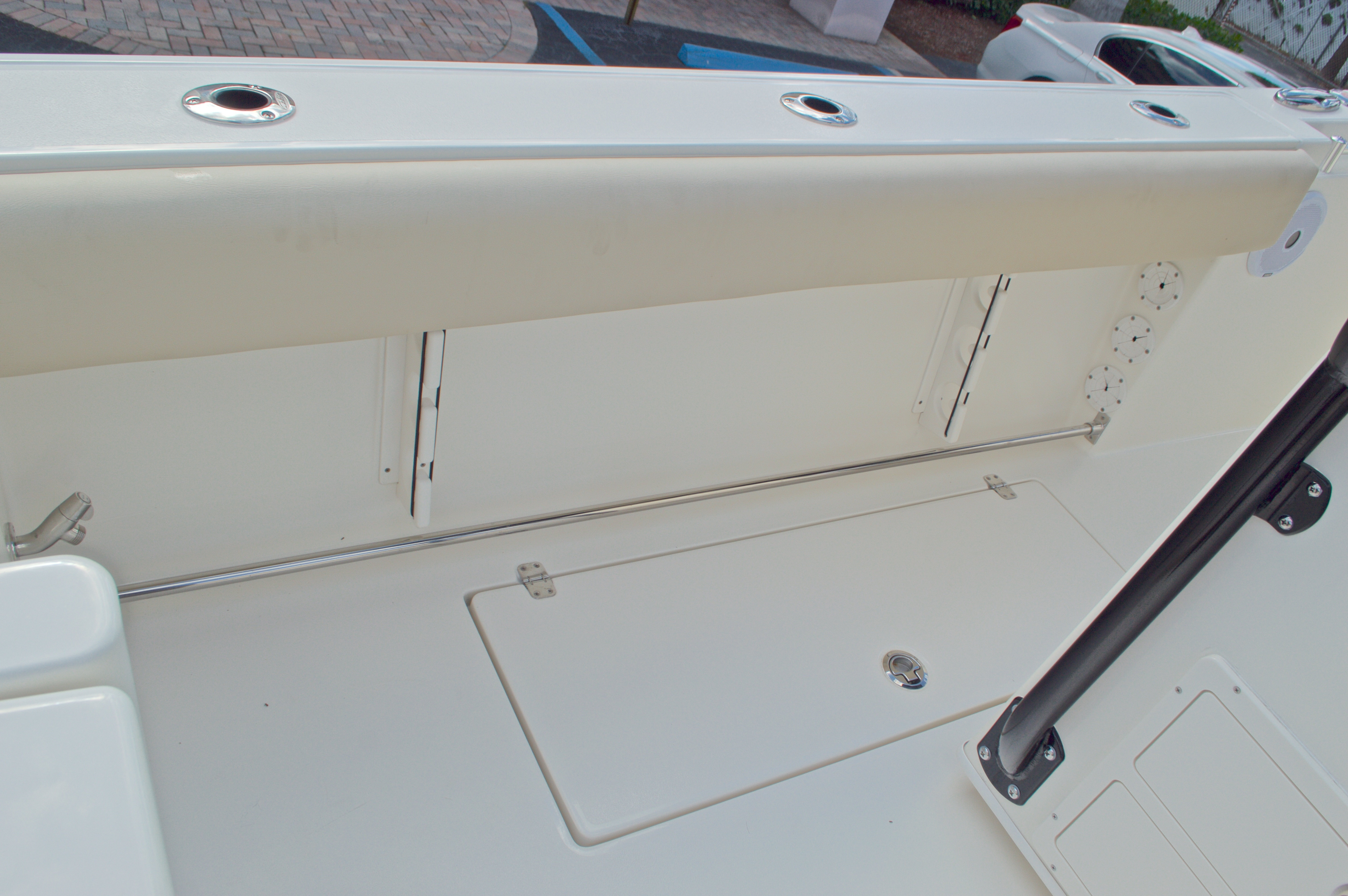 Thumbnail 23 for New 2016 Cobia 296 Center Console boat for sale in Vero Beach, FL