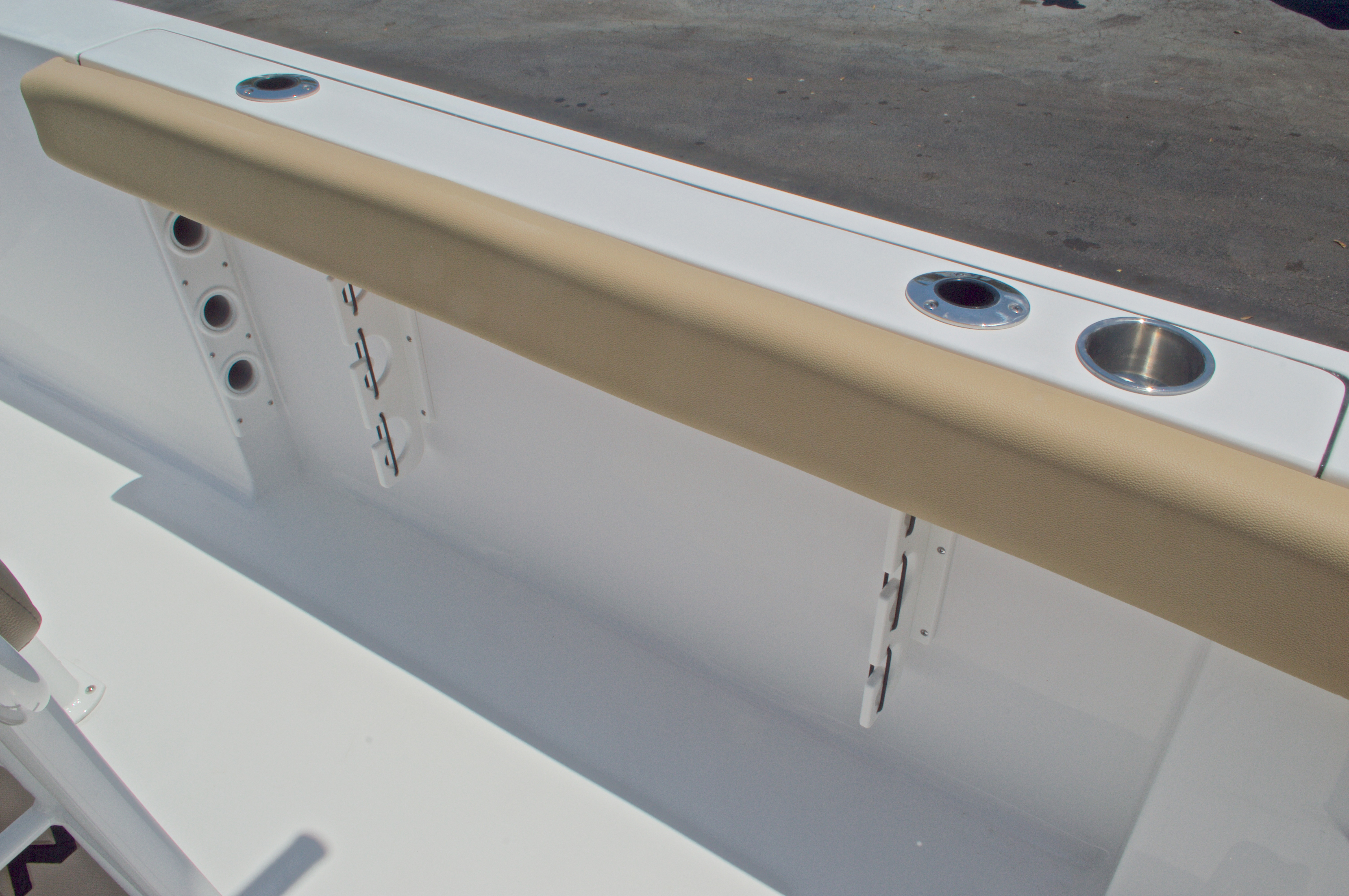 Thumbnail 21 for New 2016 Sportsman Heritage 231 Center Console boat for sale in West Palm Beach, FL