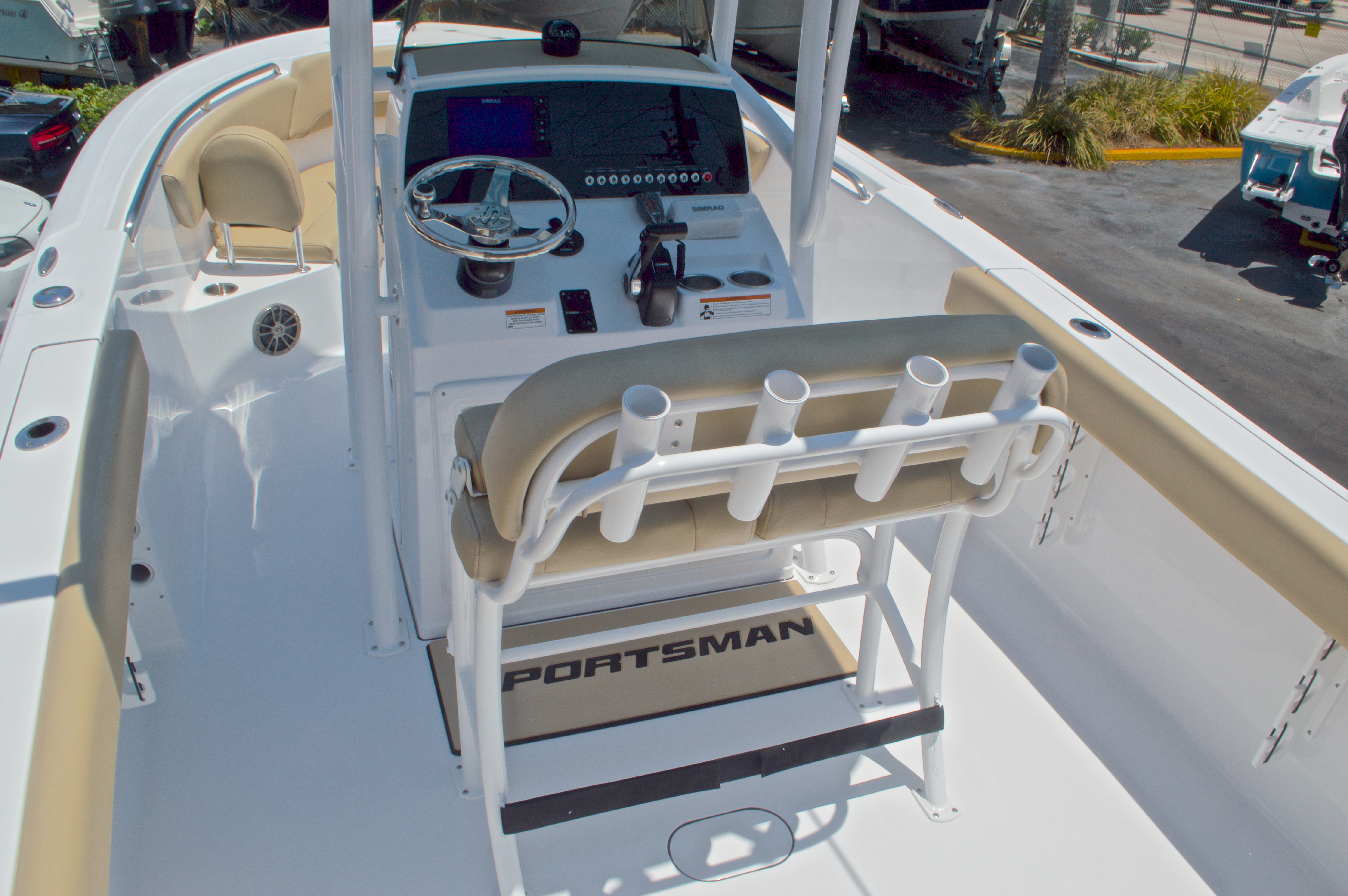 Thumbnail 10 for New 2016 Sportsman Heritage 231 Center Console boat for sale in West Palm Beach, FL