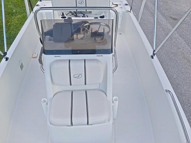 Thumbnail 7 for Used 2004 Sailfish 174 Center Console boat for sale in West Palm Beach, FL