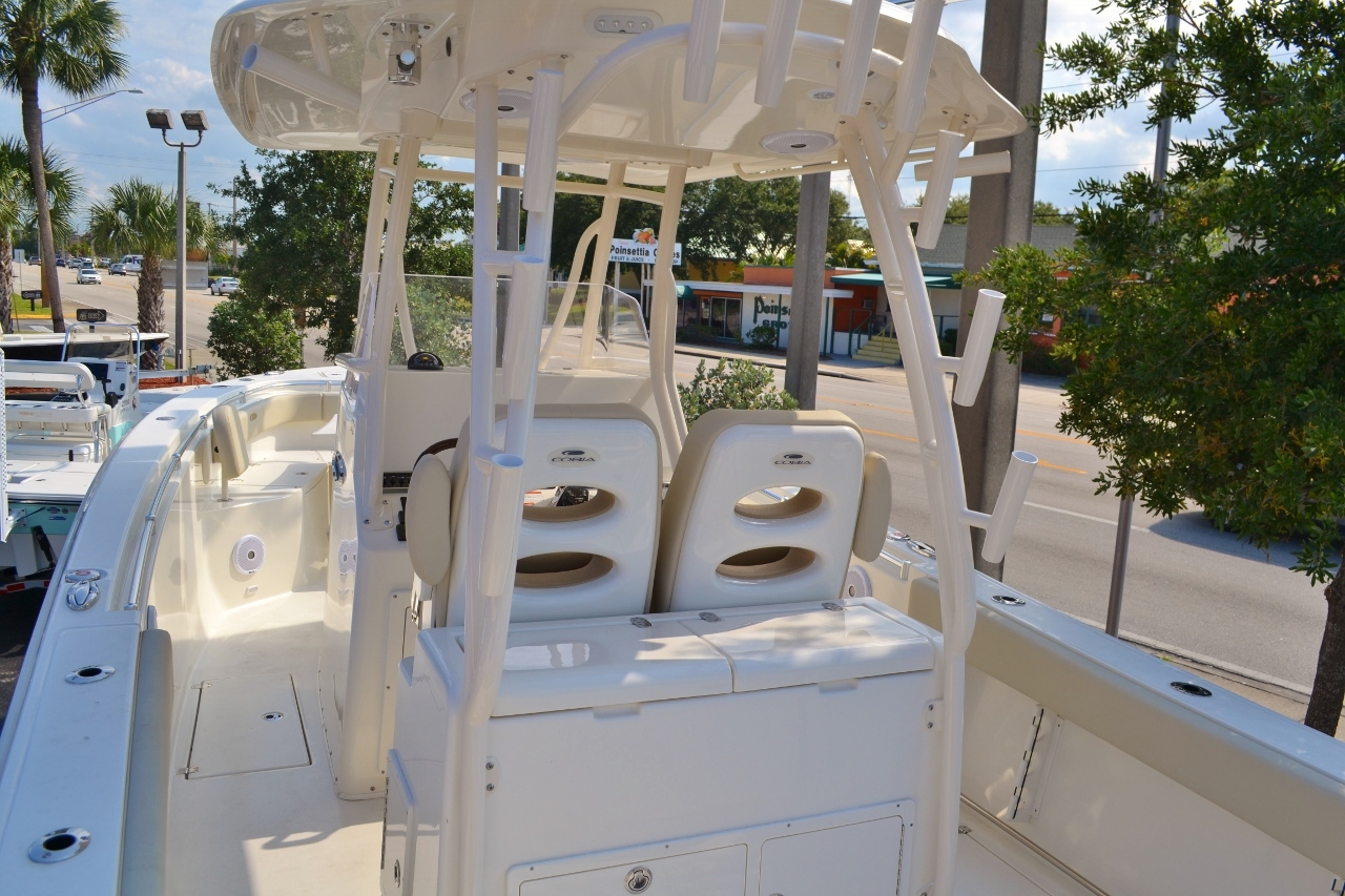 Thumbnail 7 for New 2016 Cobia 296 Center Console boat for sale in Miami, FL