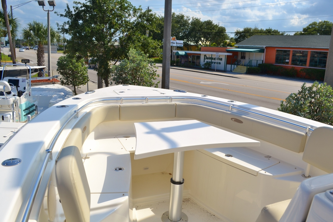 Thumbnail 9 for New 2016 Cobia 296 Center Console boat for sale in Miami, FL