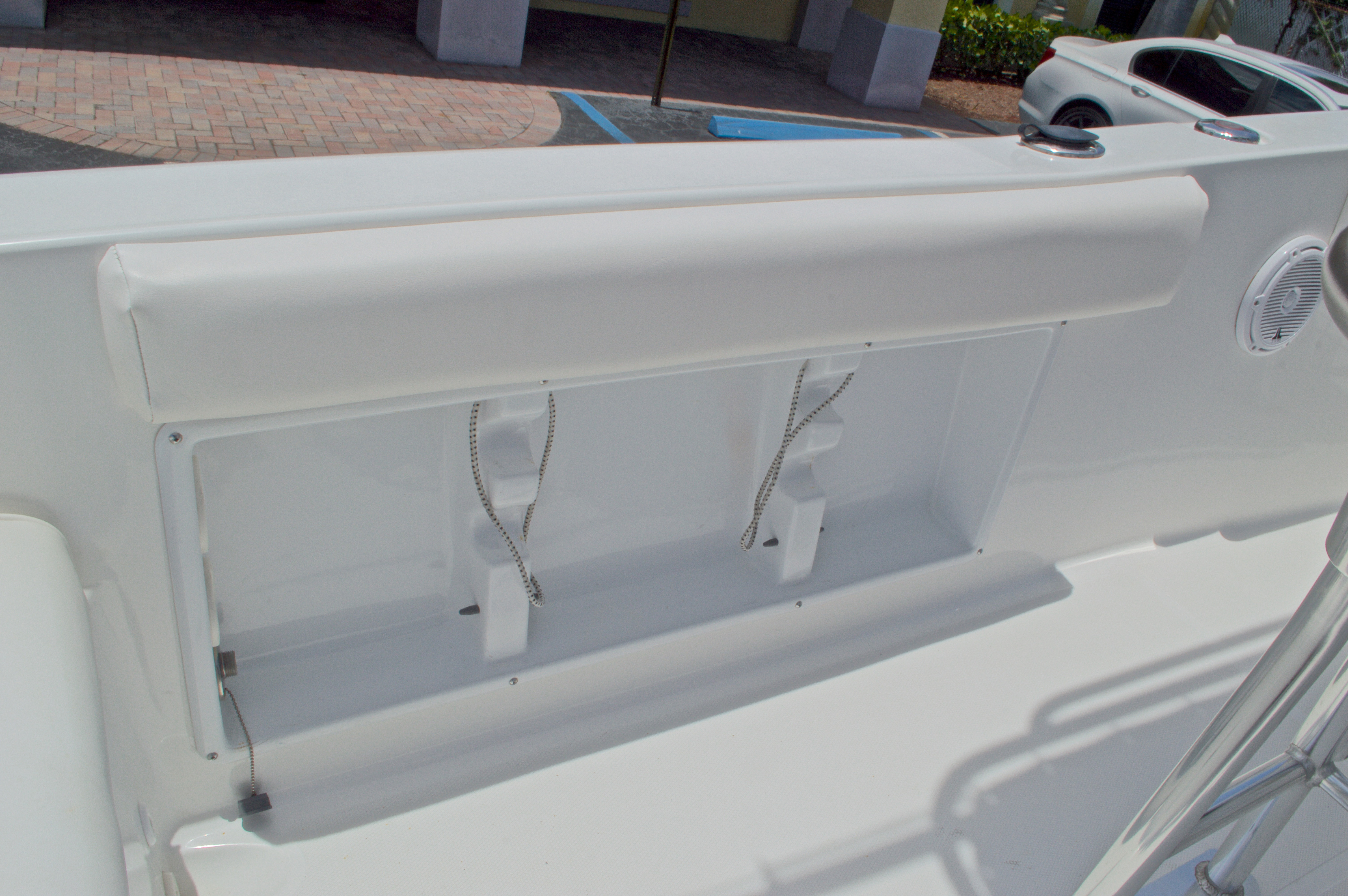 Thumbnail 23 for Used 2013 Sea Hunt 210 Triton boat for sale in West Palm Beach, FL