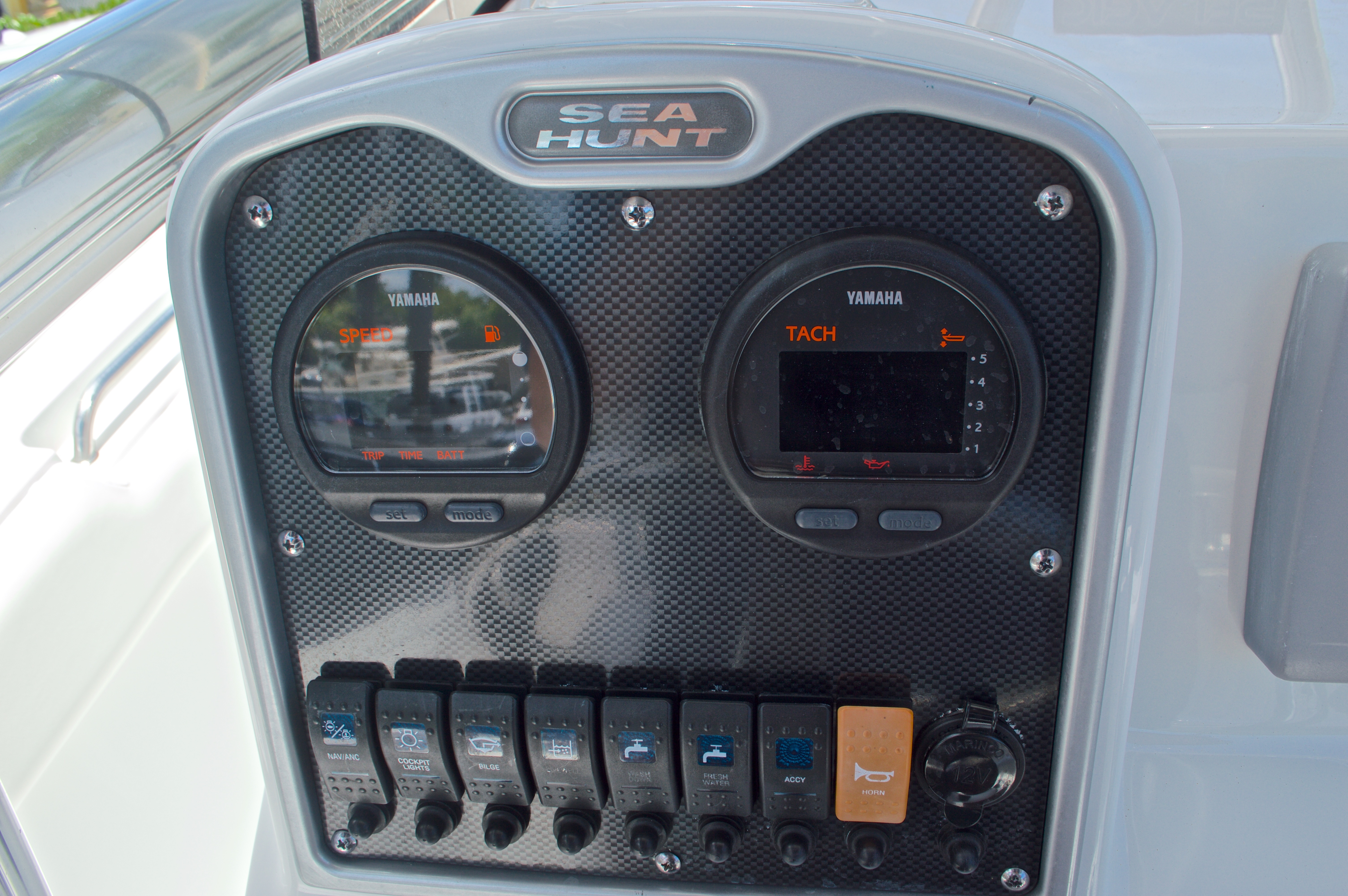 Thumbnail 29 for Used 2013 Sea Hunt 210 Triton boat for sale in West Palm Beach, FL
