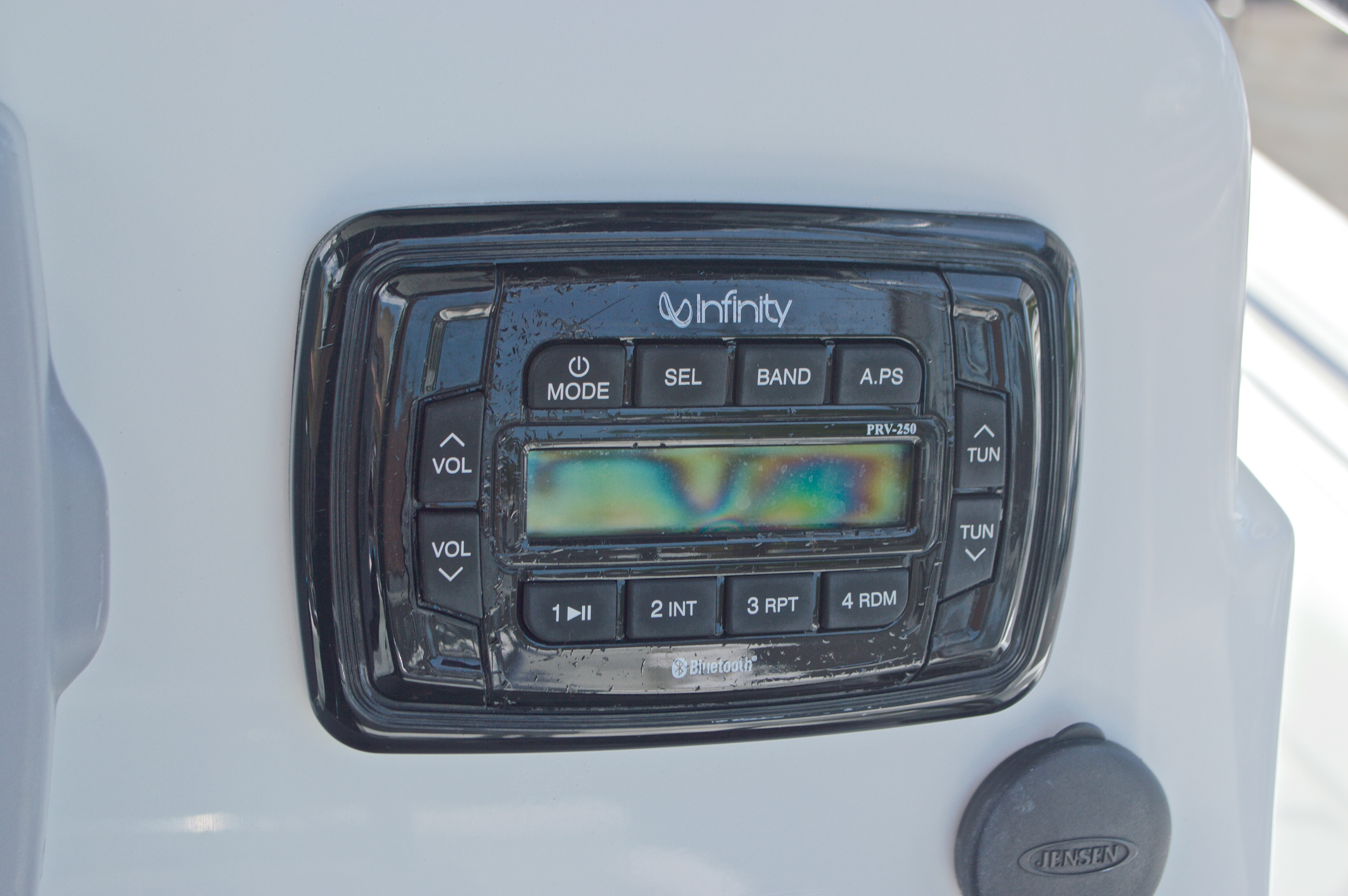 Thumbnail 35 for Used 2013 Sea Hunt 210 Triton boat for sale in West Palm Beach, FL