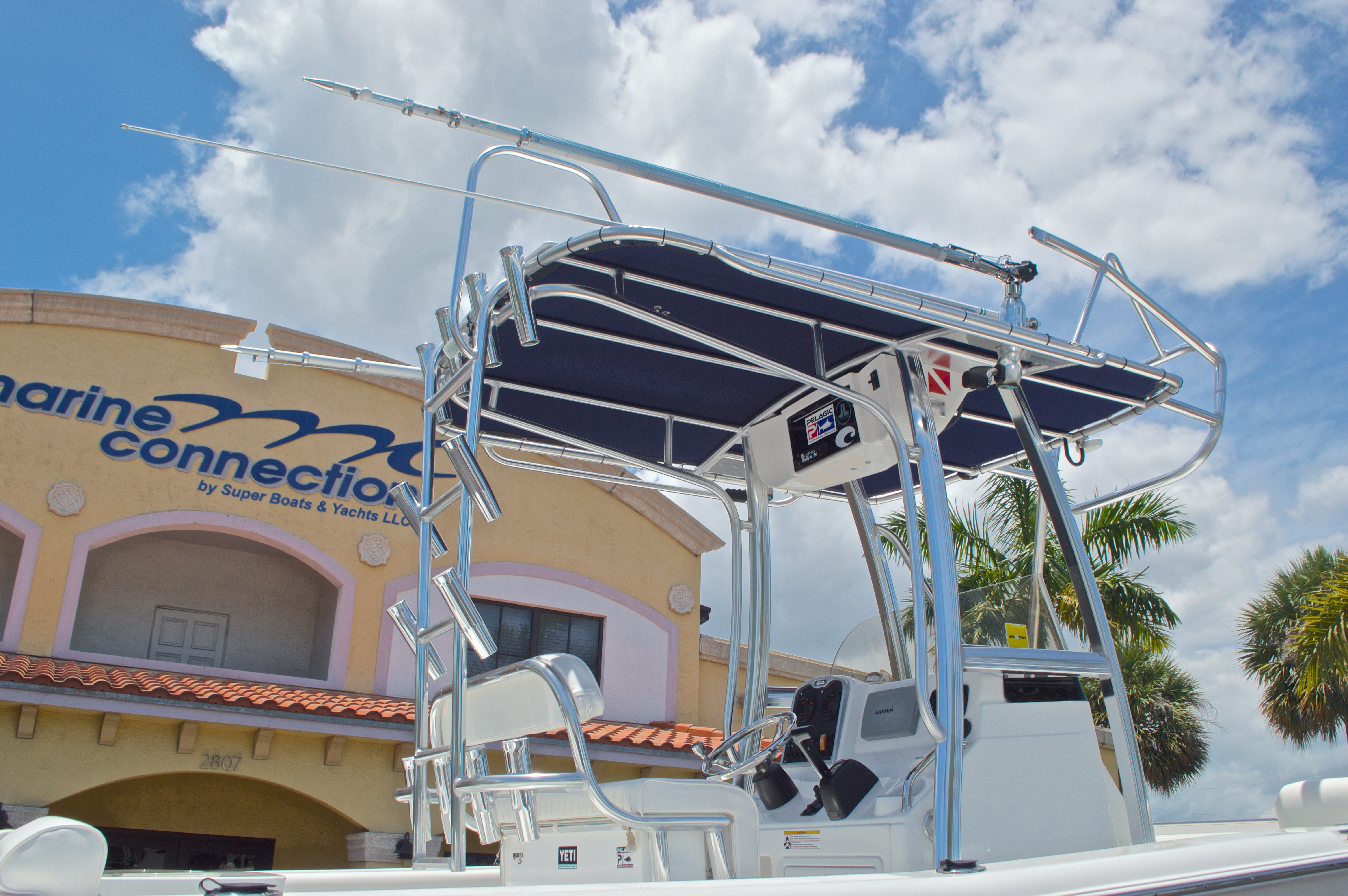 Thumbnail 9 for Used 2013 Sea Hunt 210 Triton boat for sale in West Palm Beach, FL