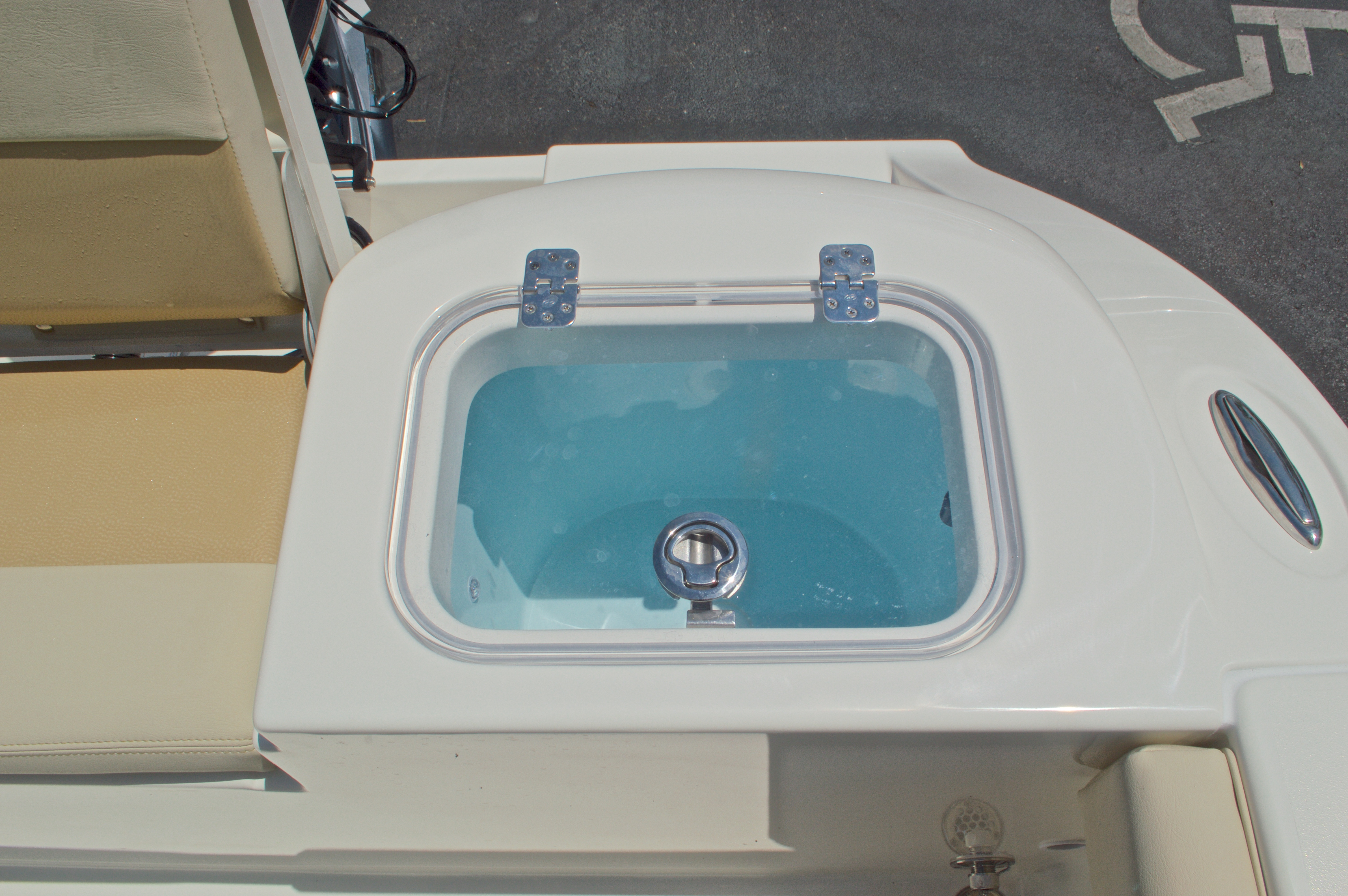 Thumbnail 13 for New 2017 Cobia 220 Center Console boat for sale in West Palm Beach, FL