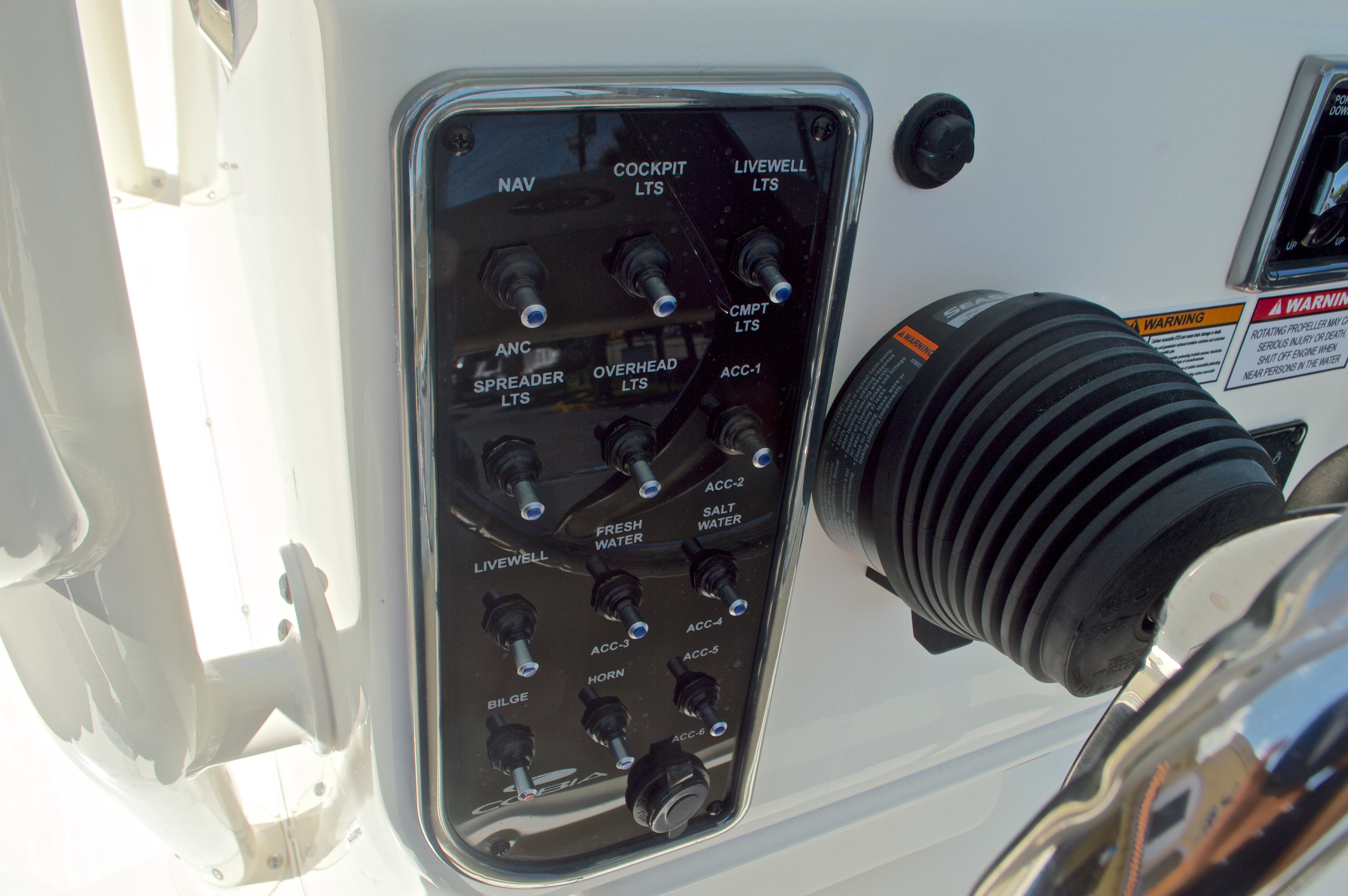 Thumbnail 22 for New 2017 Cobia 220 Center Console boat for sale in West Palm Beach, FL