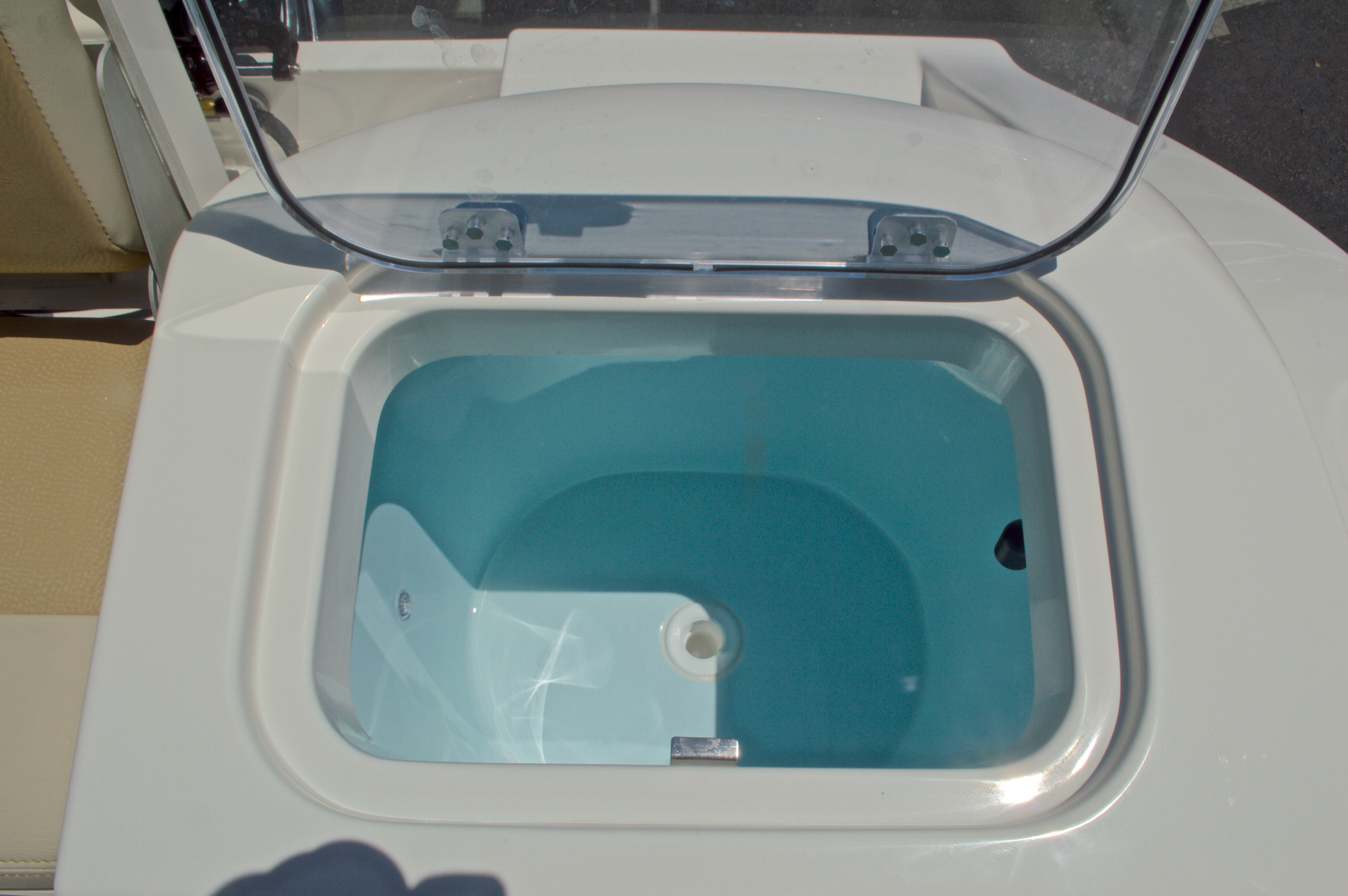 Thumbnail 14 for New 2017 Cobia 220 Center Console boat for sale in West Palm Beach, FL