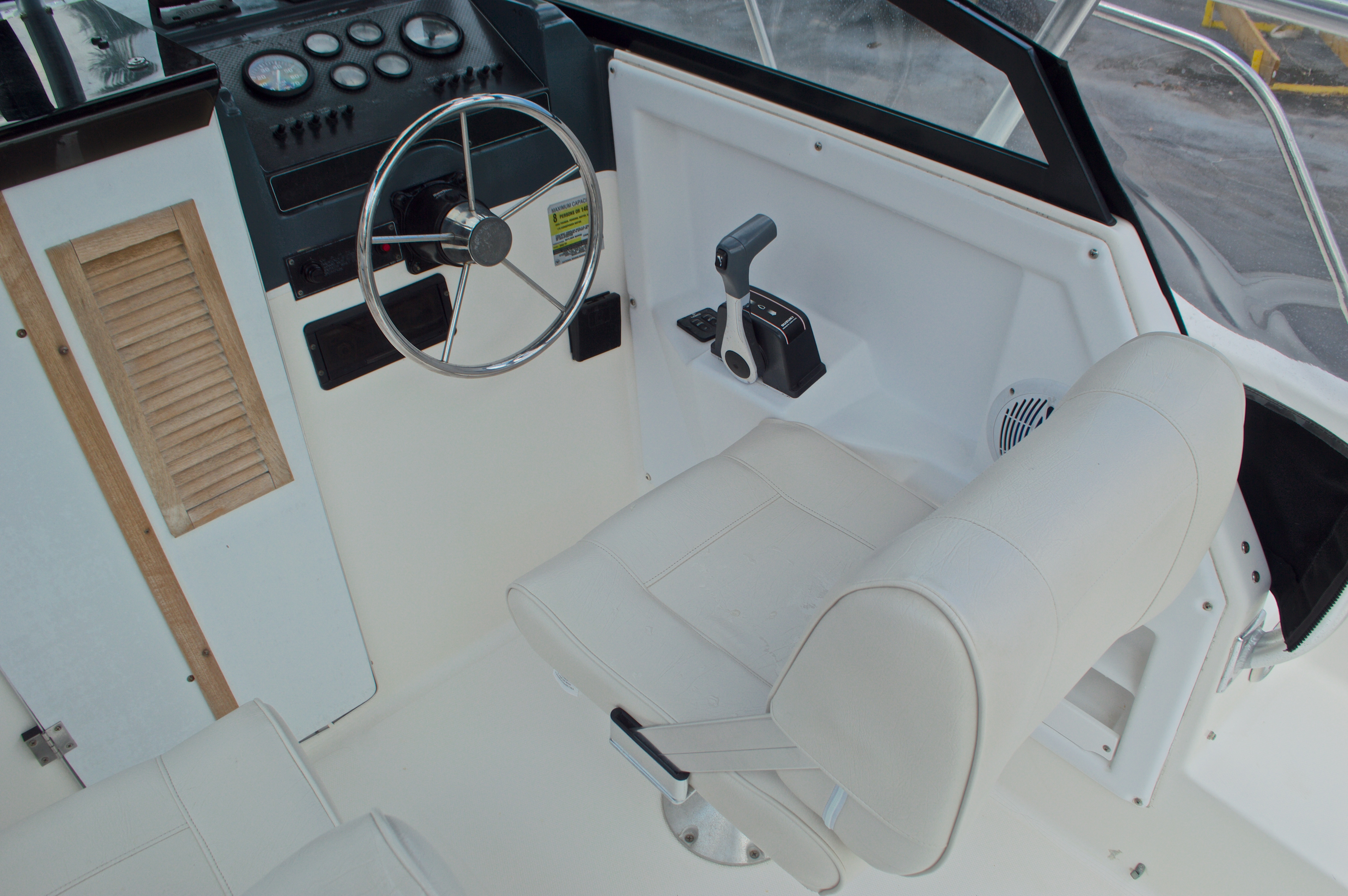 Thumbnail 39 for Used 1998 Bayliner Trophy 2002 WA Walkaround boat for sale in West Palm Beach, FL