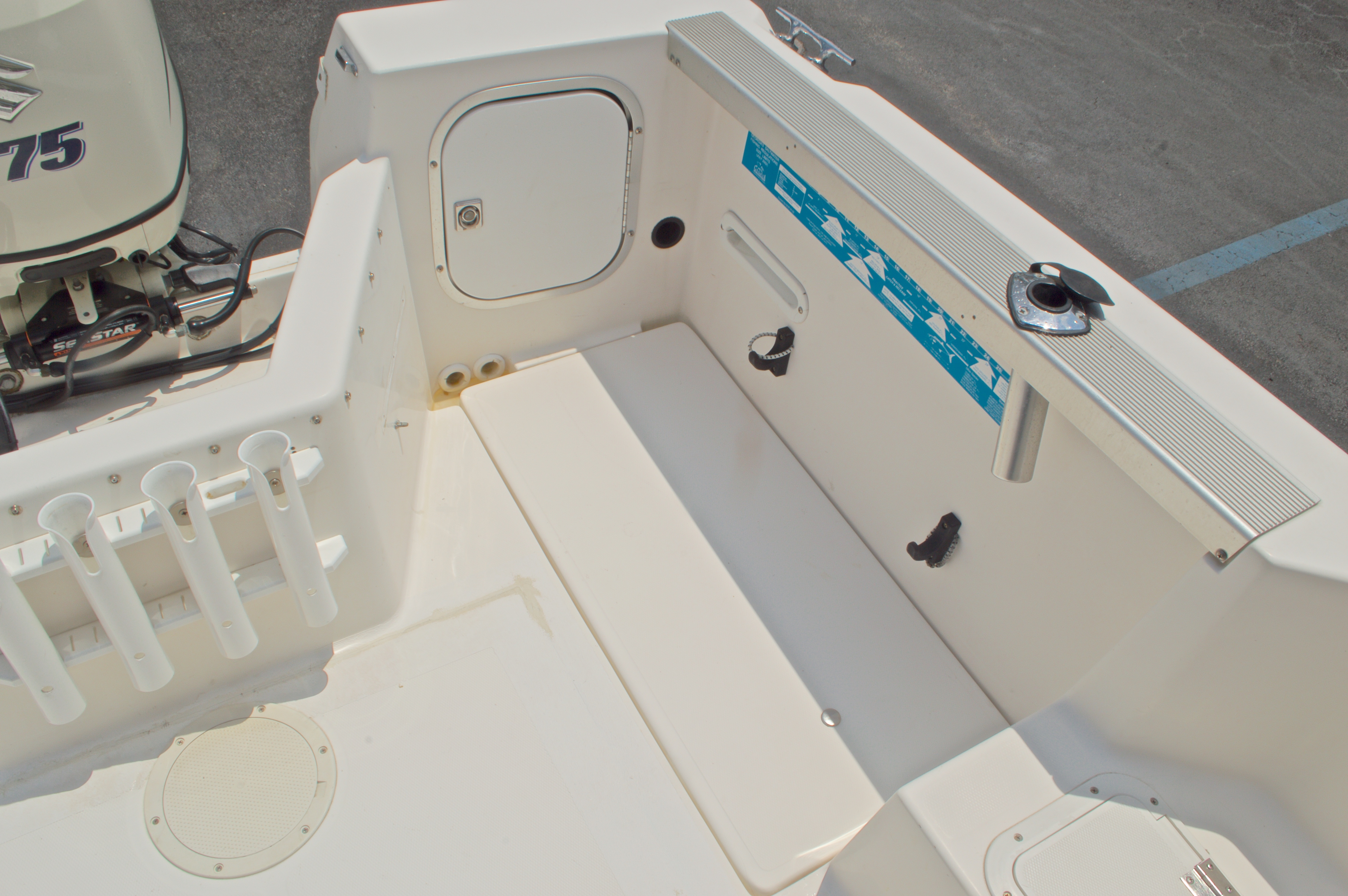 Thumbnail 32 for Used 1998 Bayliner Trophy 2002 WA Walkaround boat for sale in West Palm Beach, FL