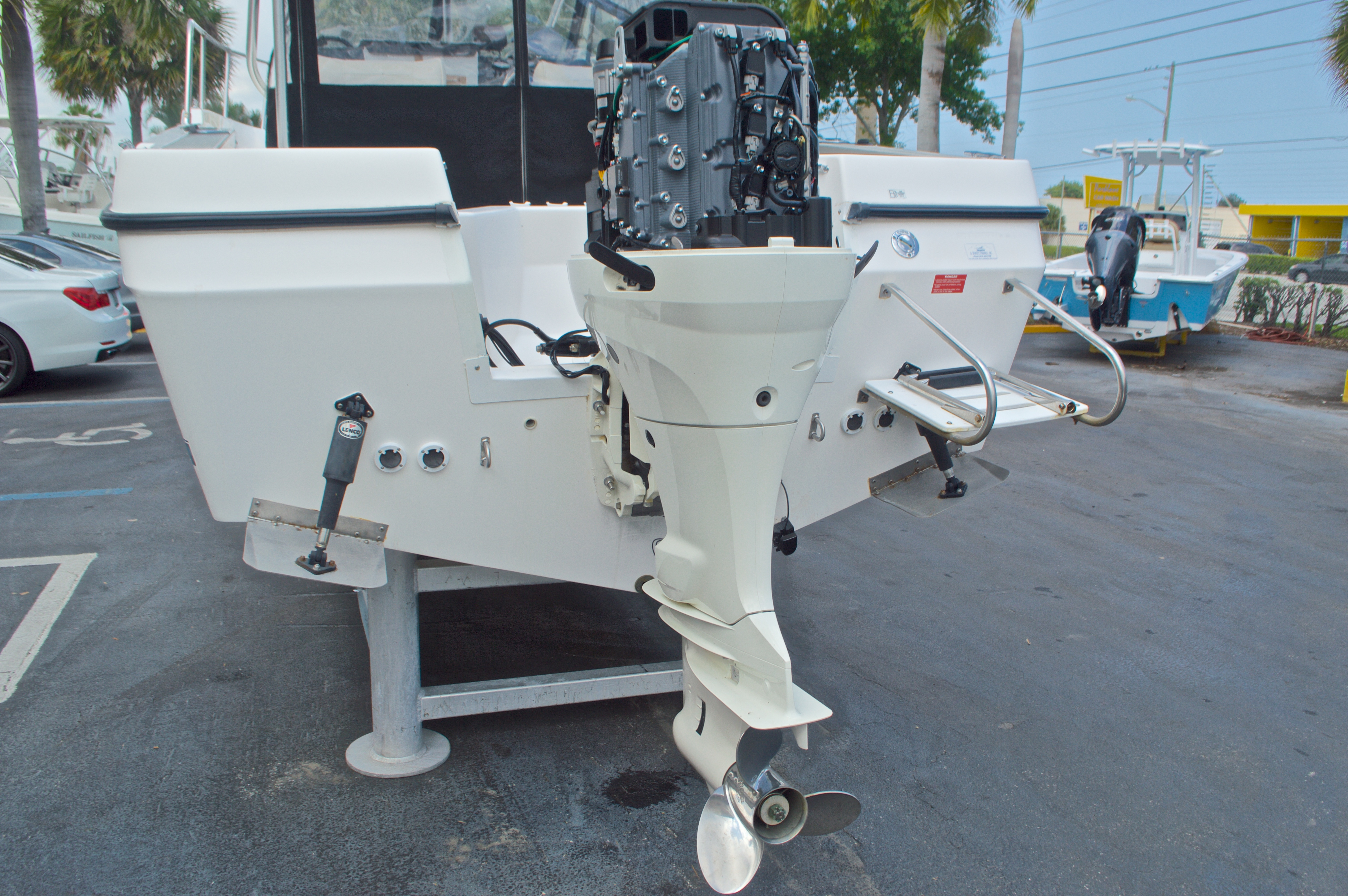 Thumbnail 19 for Used 1998 Bayliner Trophy 2002 WA Walkaround boat for sale in West Palm Beach, FL