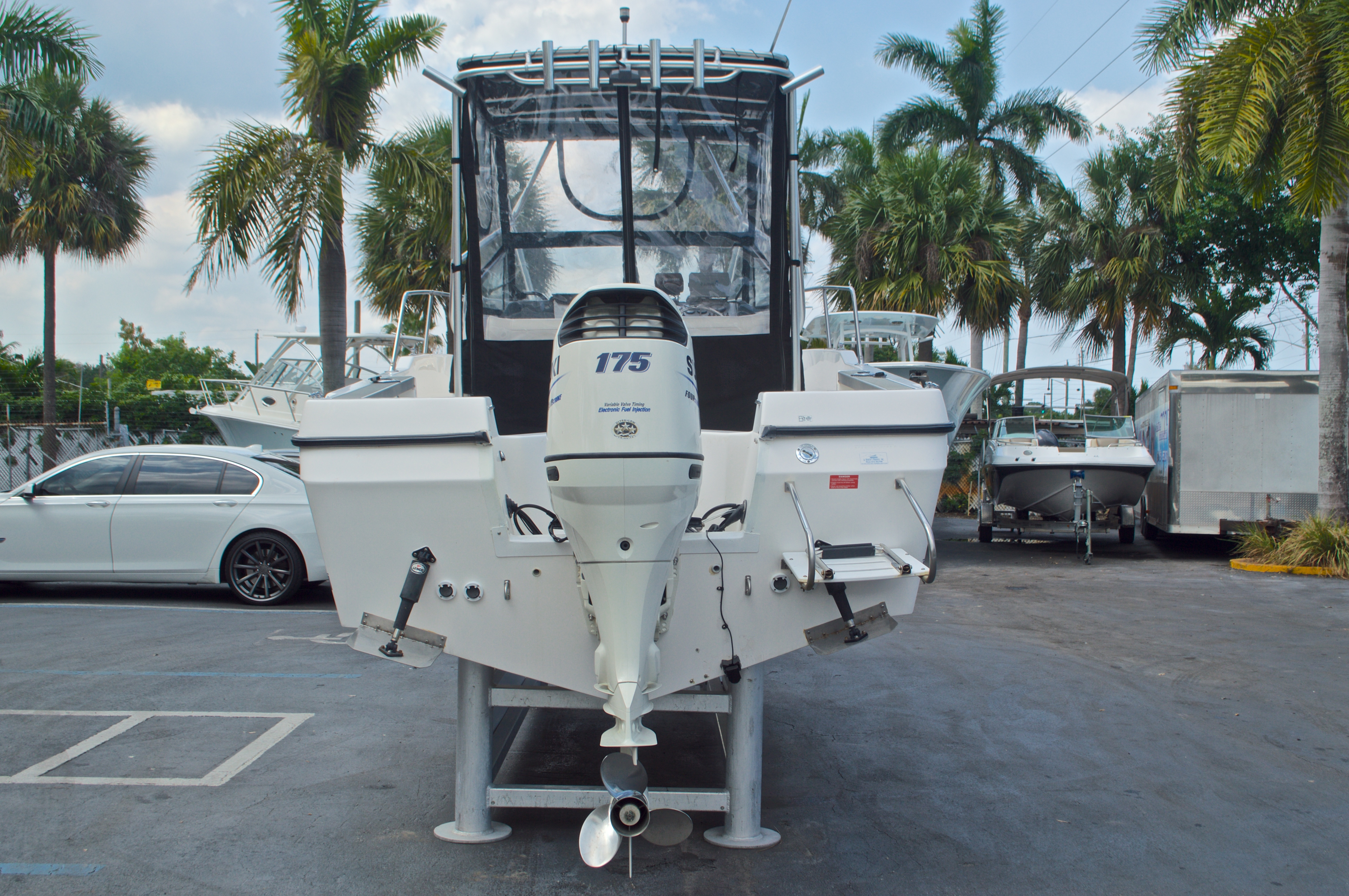 Thumbnail 6 for Used 1998 Bayliner Trophy 2002 WA Walkaround boat for sale in West Palm Beach, FL
