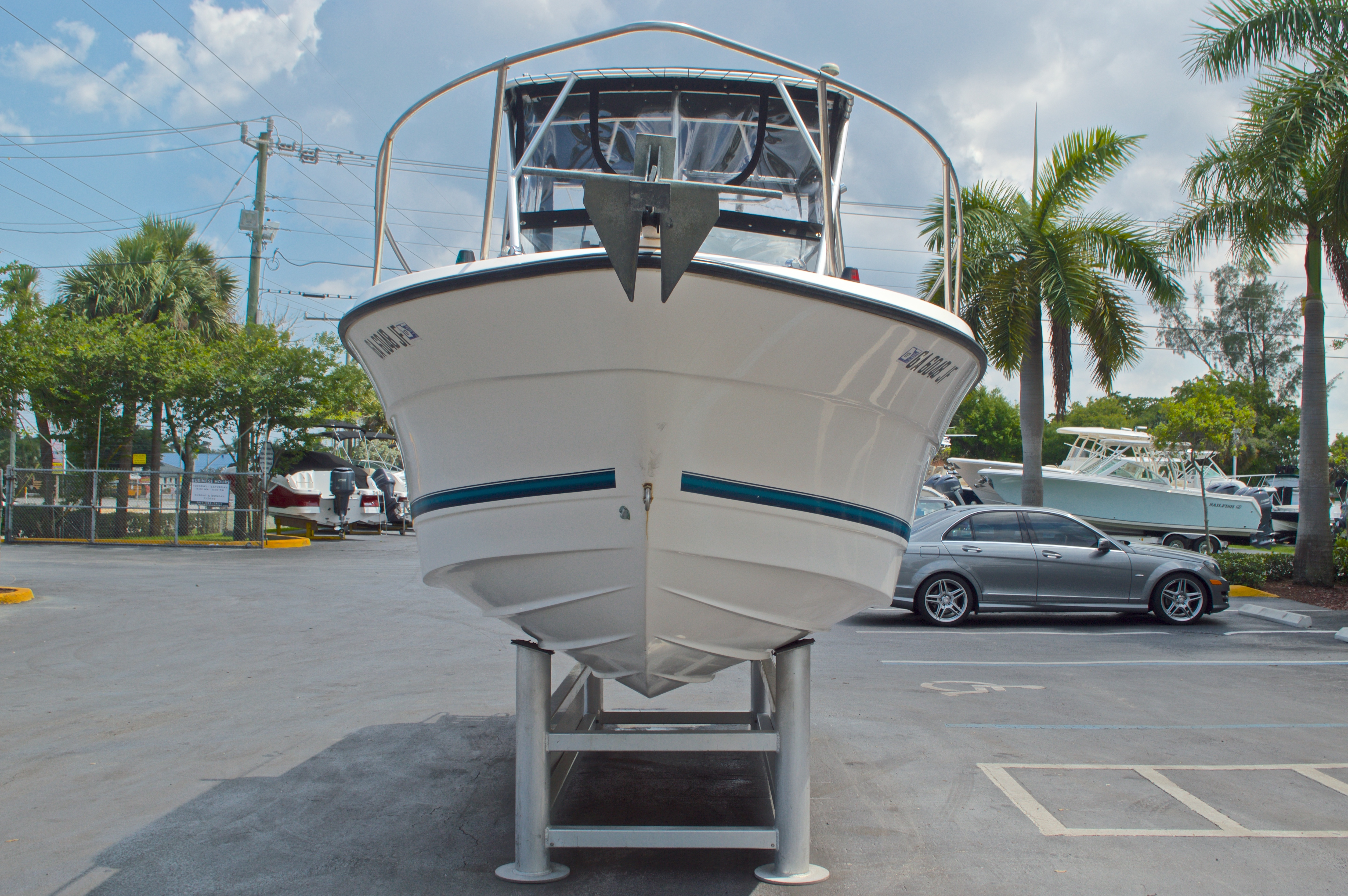 Thumbnail 2 for Used 1998 Bayliner Trophy 2002 WA Walkaround boat for sale in West Palm Beach, FL