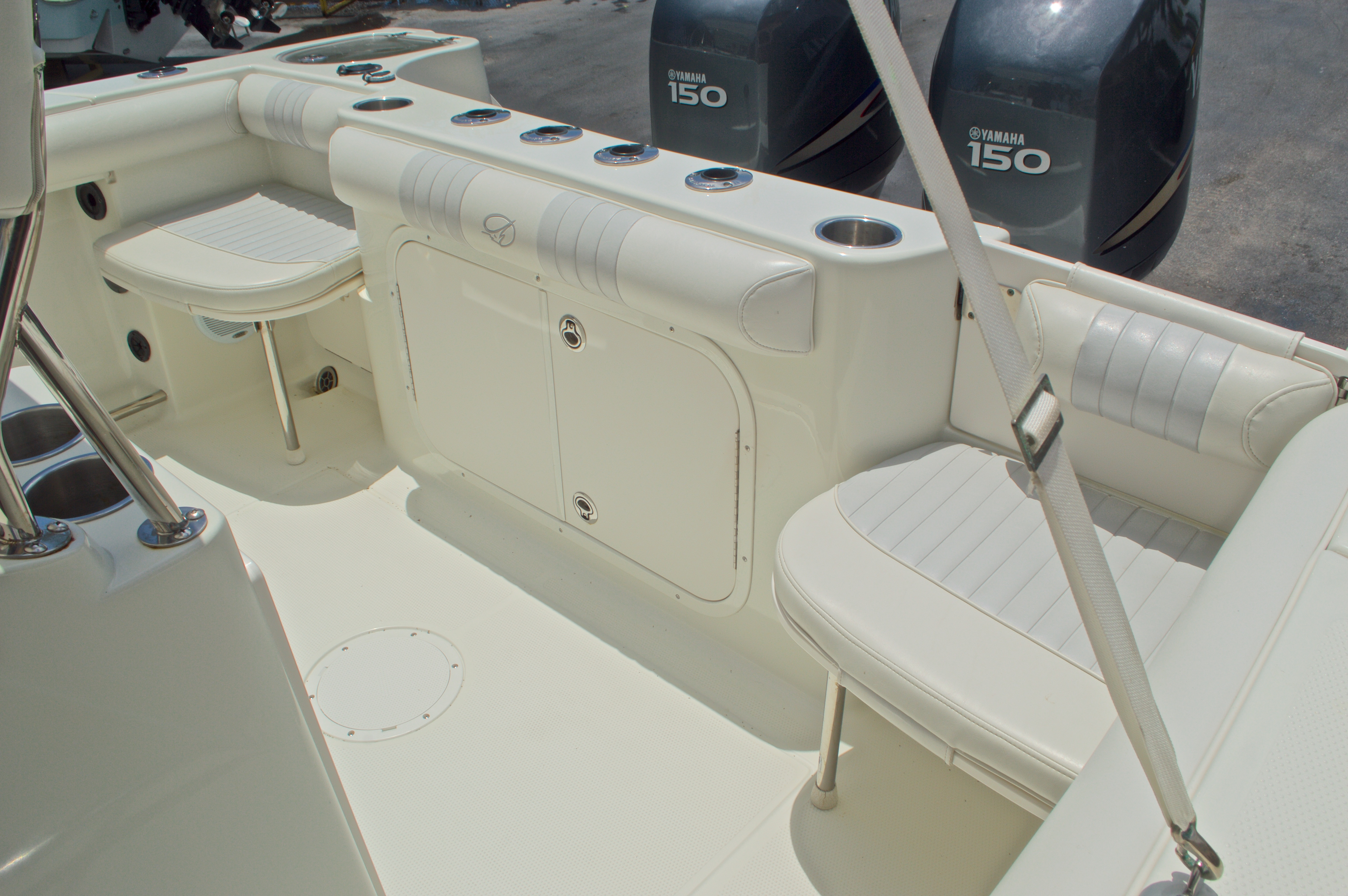 Thumbnail 12 for Used 2007 Sailfish 2360 CC Center Console boat for sale in West Palm Beach, FL