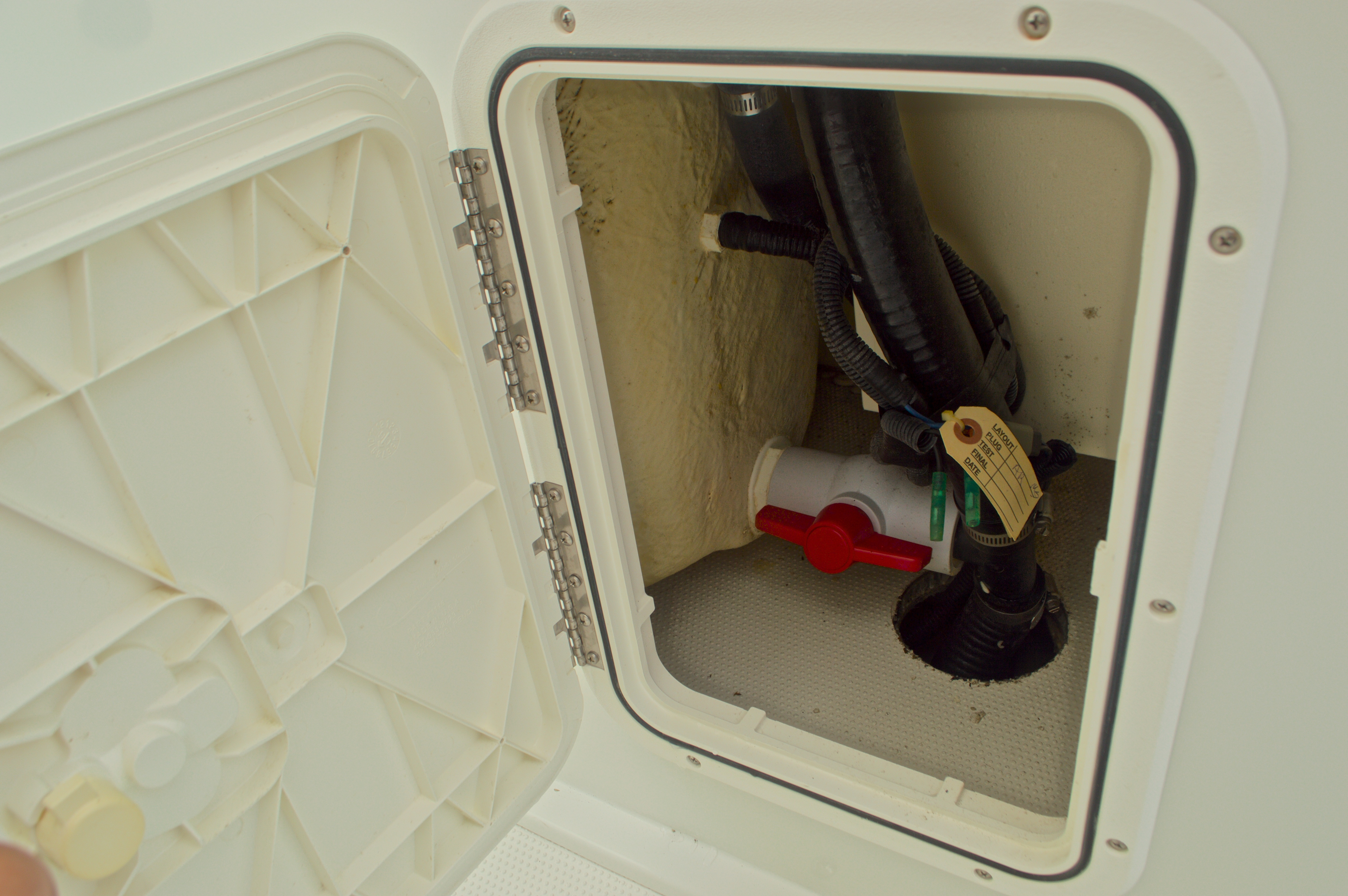 Thumbnail 25 for Used 2007 Sailfish 2360 CC Center Console boat for sale in West Palm Beach, FL