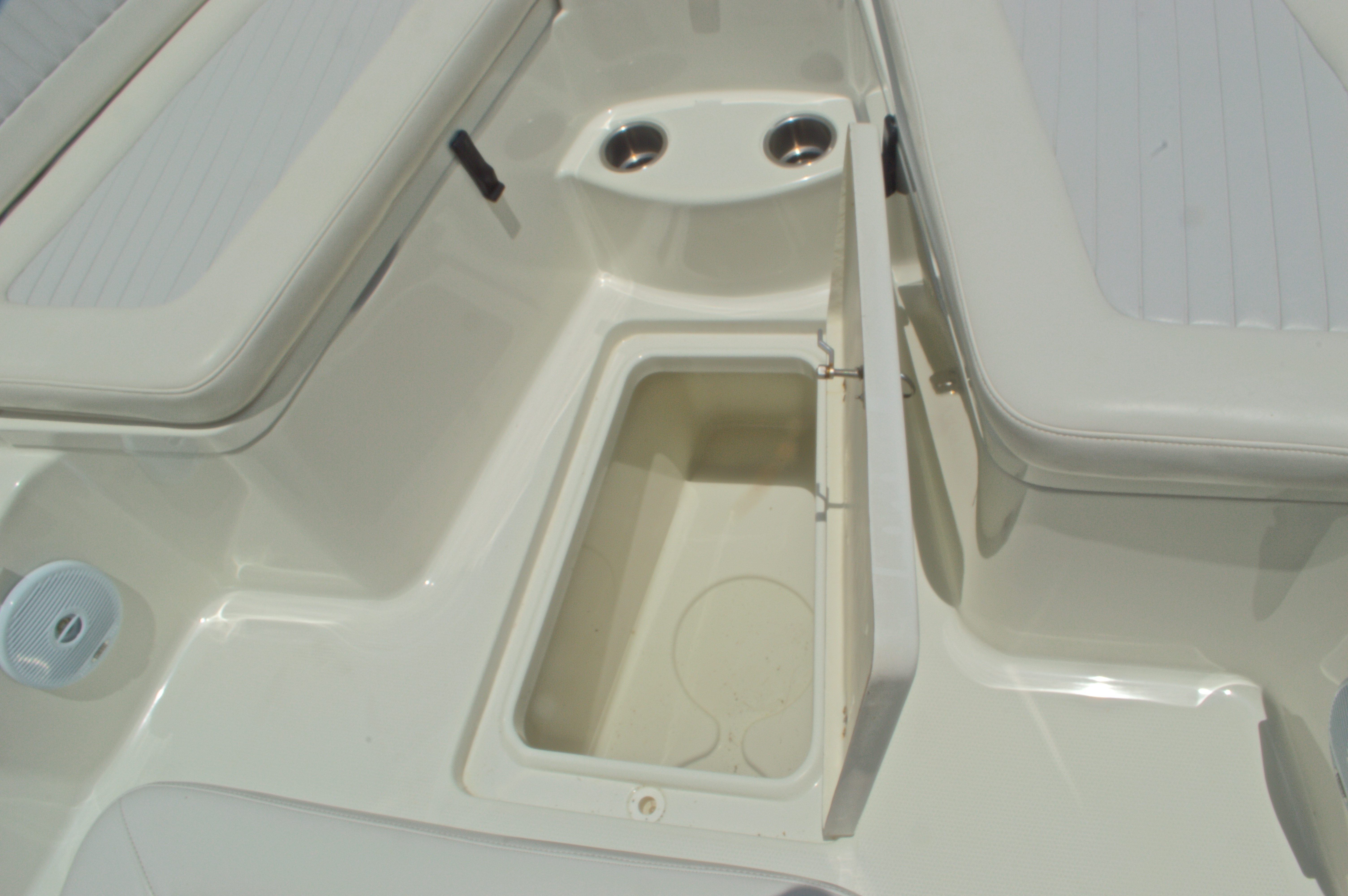 Thumbnail 42 for Used 2007 Sailfish 2360 CC Center Console boat for sale in West Palm Beach, FL