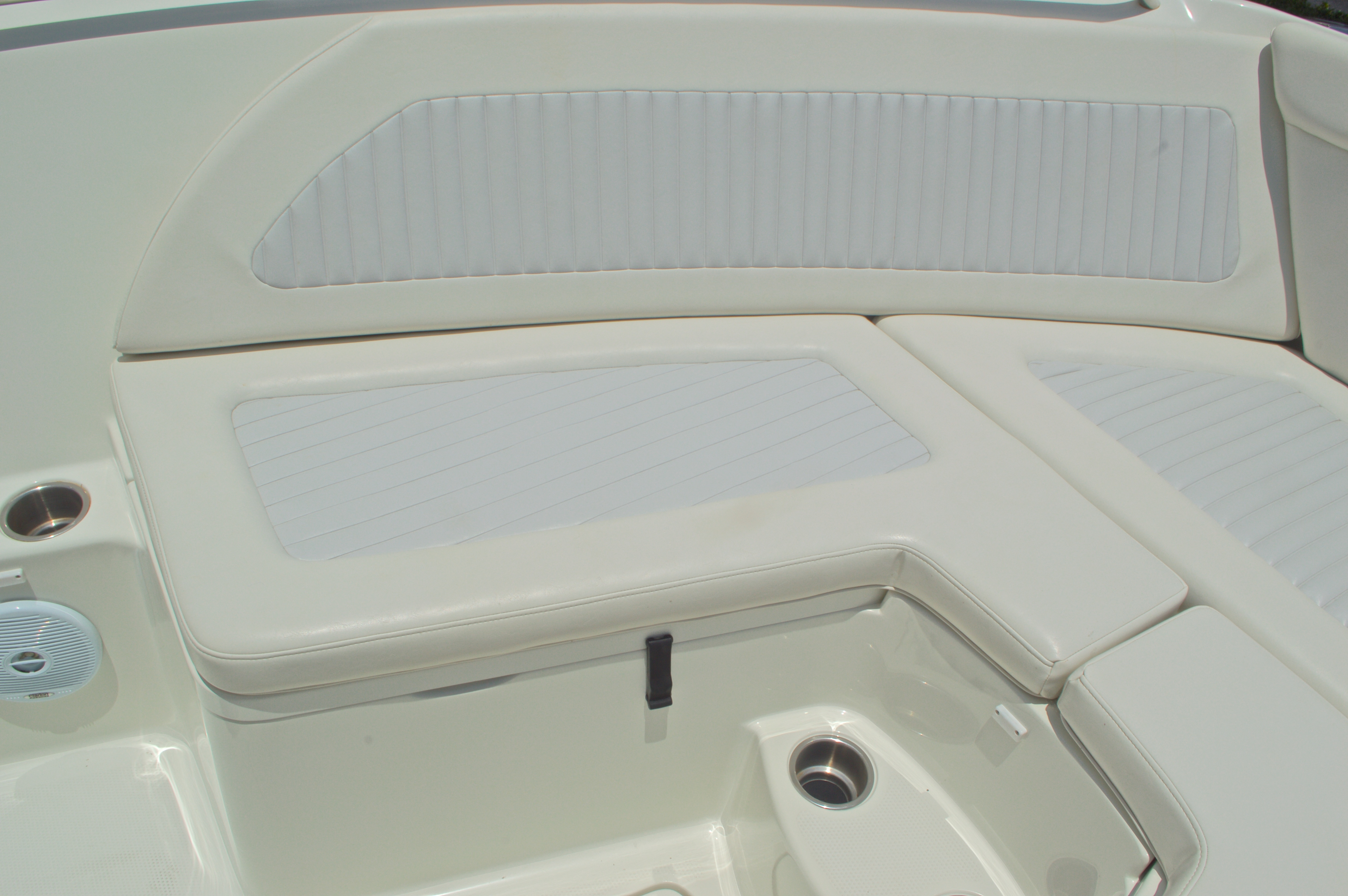Thumbnail 43 for Used 2007 Sailfish 2360 CC Center Console boat for sale in West Palm Beach, FL