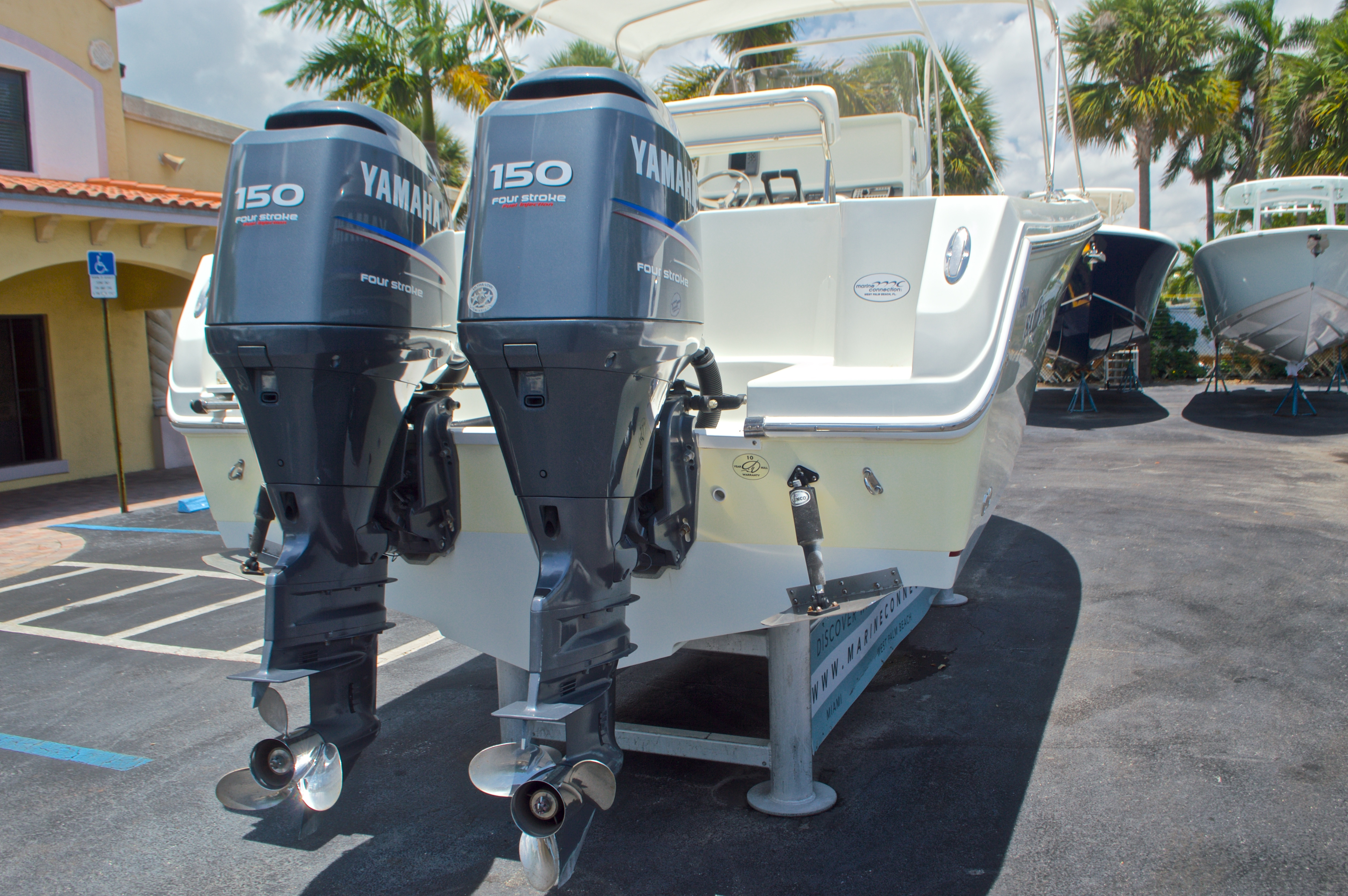 Thumbnail 9 for Used 2007 Sailfish 2360 CC Center Console boat for sale in West Palm Beach, FL