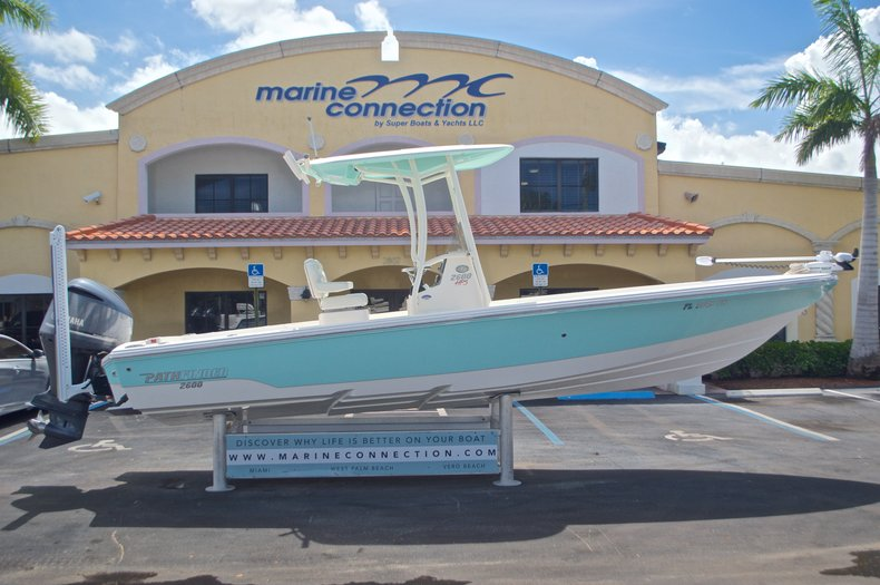 Used 2014 Pathfinder 2600 HPS Bay Boat boat for sale in West Palm Beach, FL
