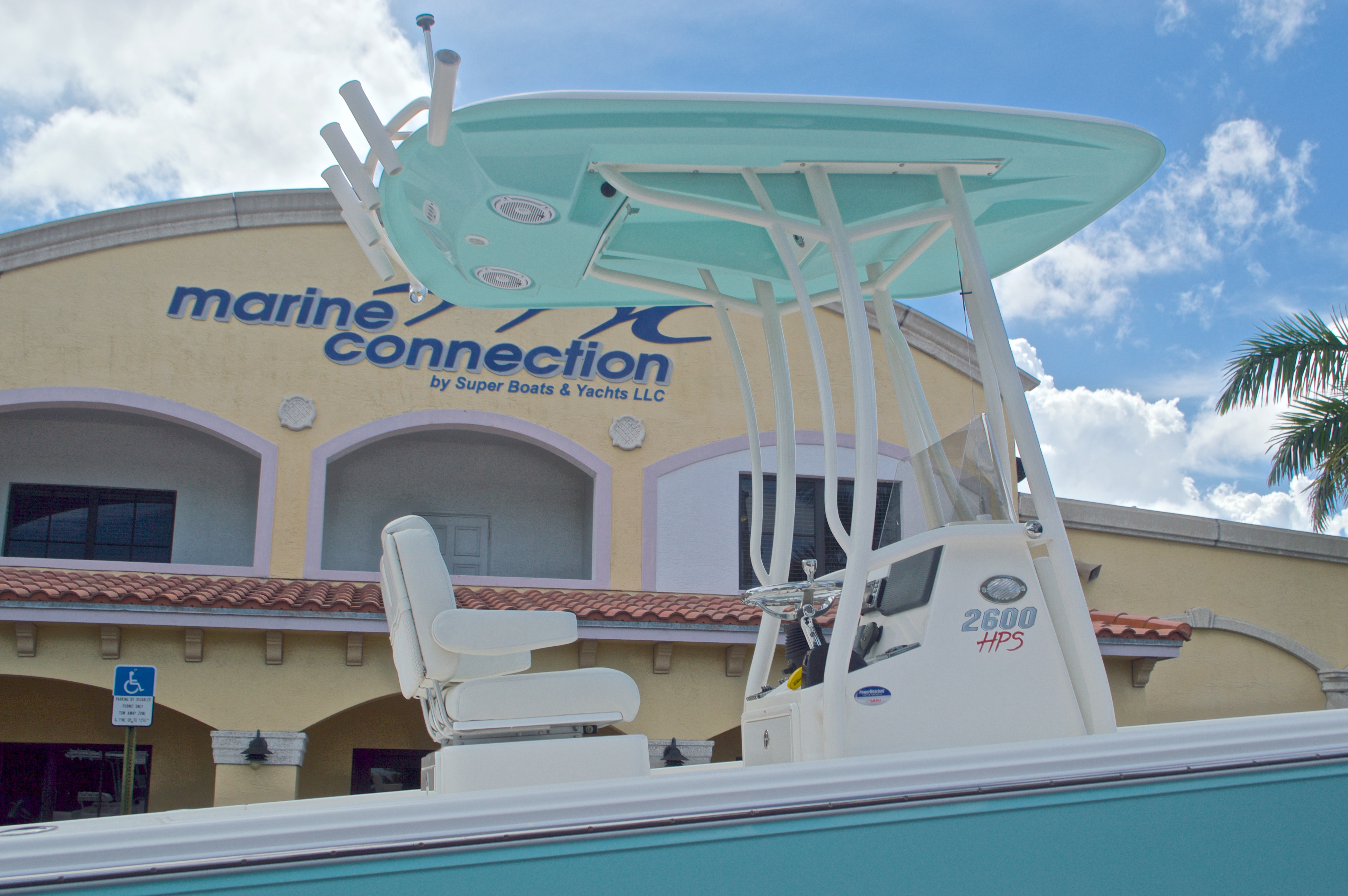Thumbnail 18 for Used 2014 Pathfinder 2600 HPS Bay Boat boat for sale in West Palm Beach, FL