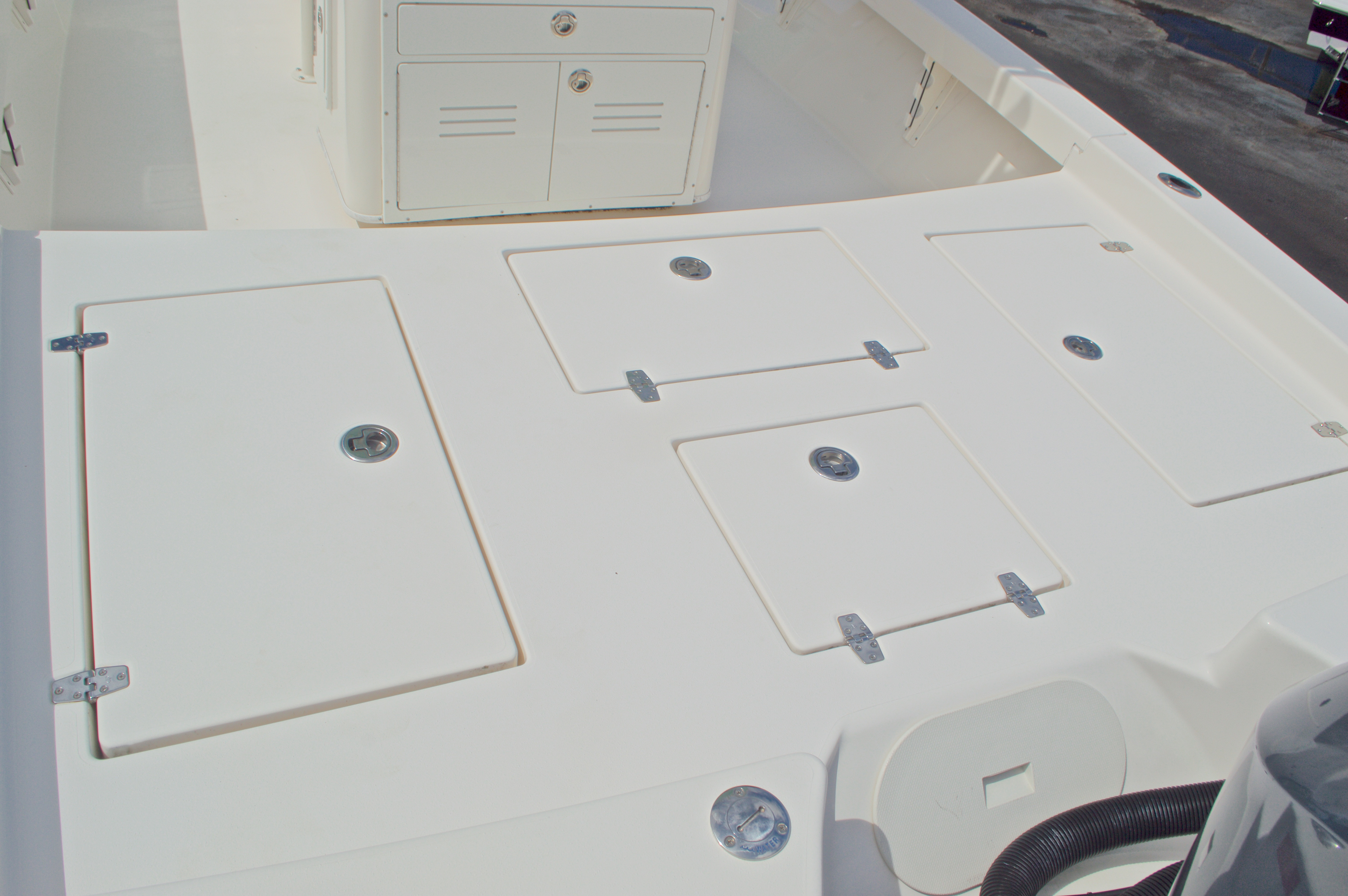 Thumbnail 20 for Used 2014 Pathfinder 2600 HPS Bay Boat boat for sale in West Palm Beach, FL