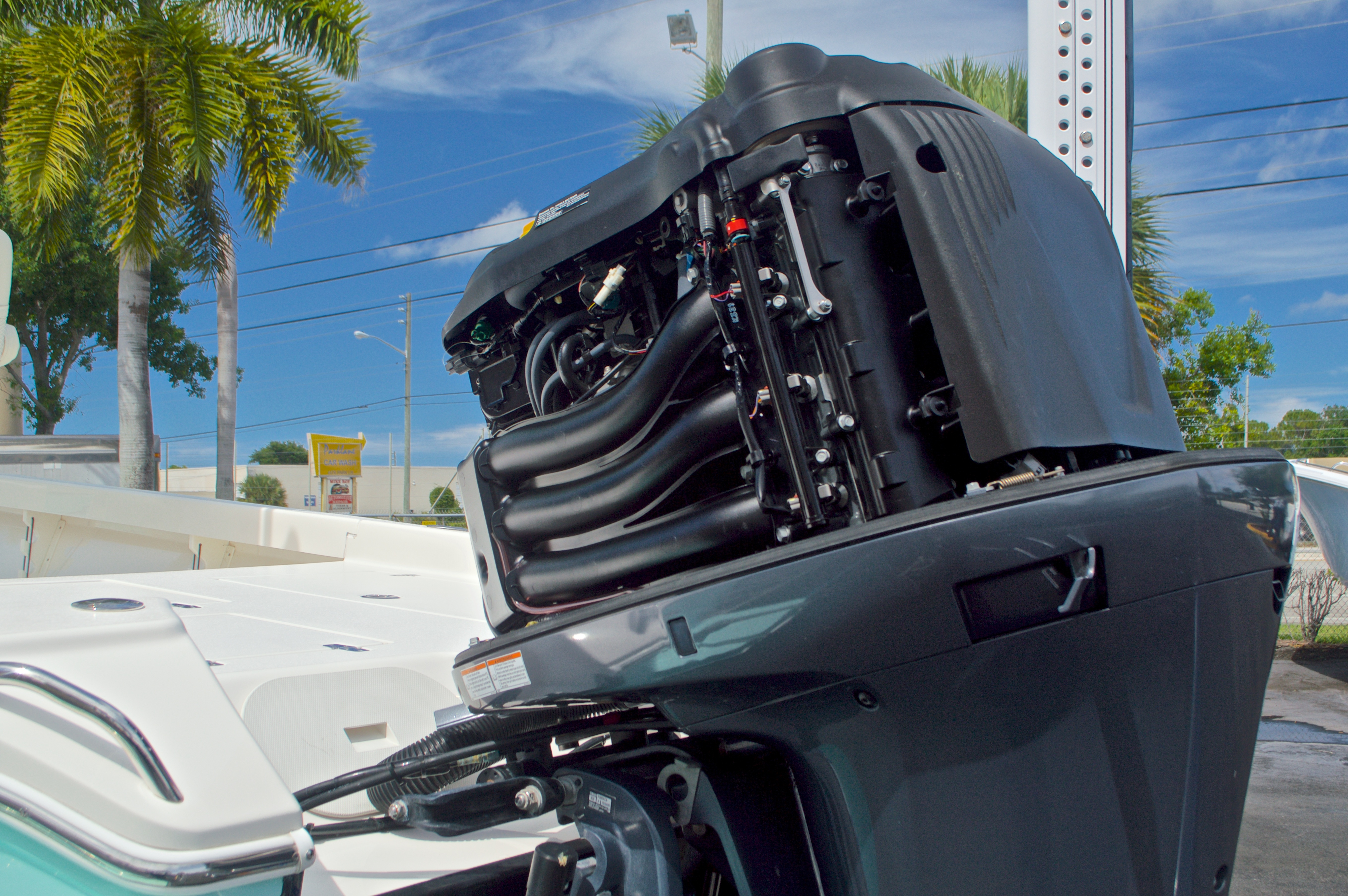 Thumbnail 12 for Used 2014 Pathfinder 2600 HPS Bay Boat boat for sale in West Palm Beach, FL