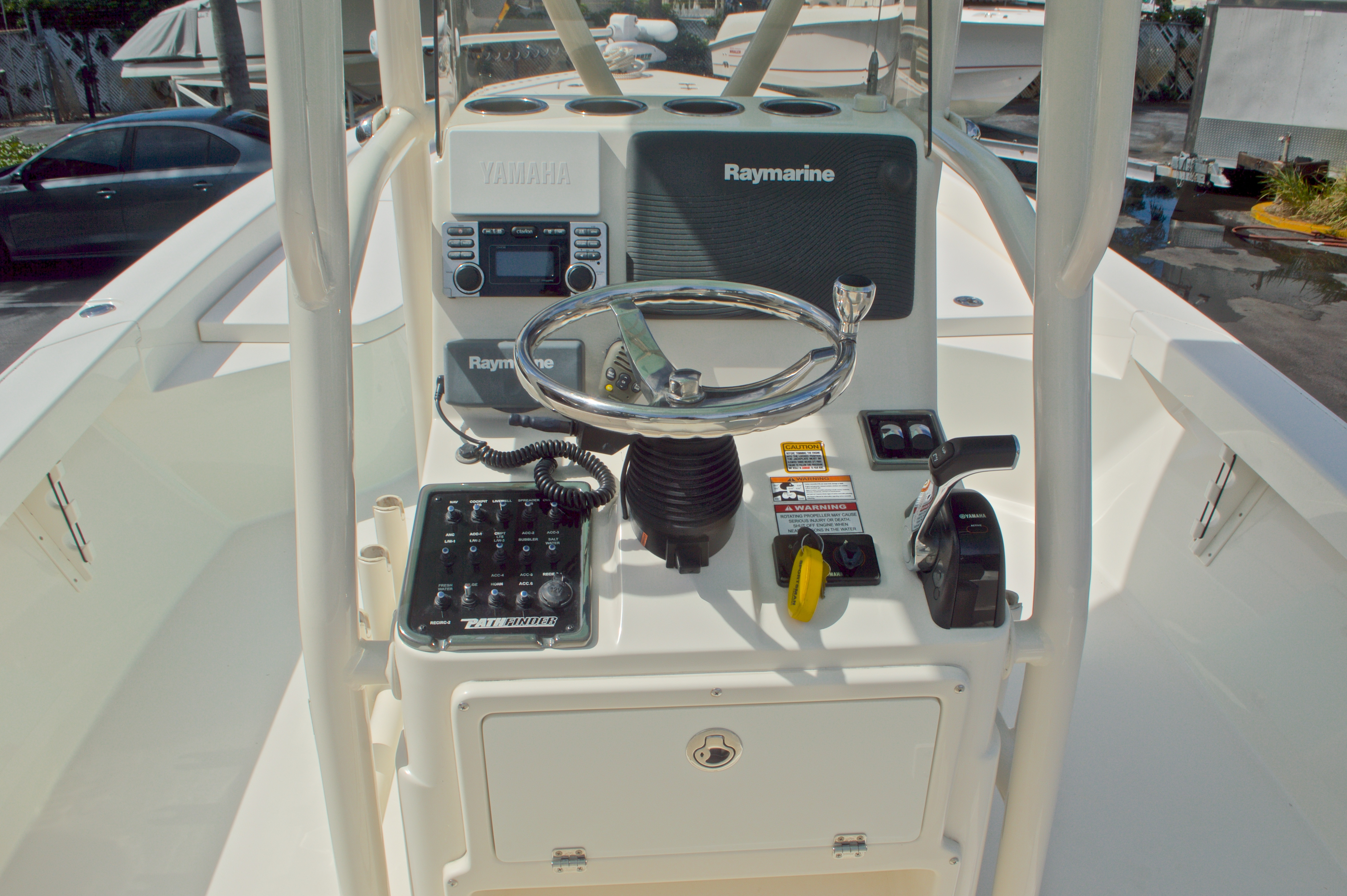 Thumbnail 37 for Used 2014 Pathfinder 2600 HPS Bay Boat boat for sale in West Palm Beach, FL