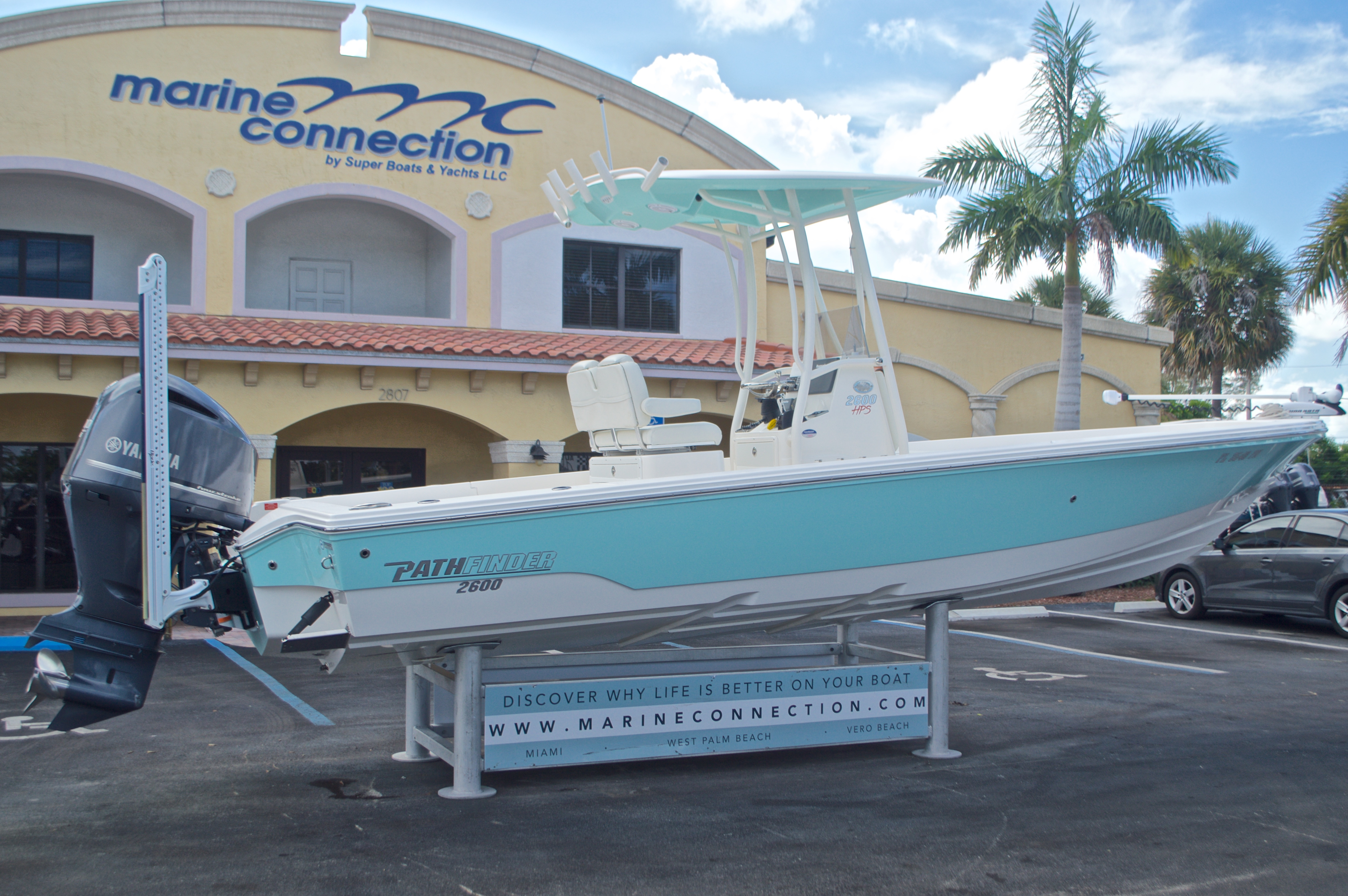 Thumbnail 17 for Used 2014 Pathfinder 2600 HPS Bay Boat boat for sale in West Palm Beach, FL