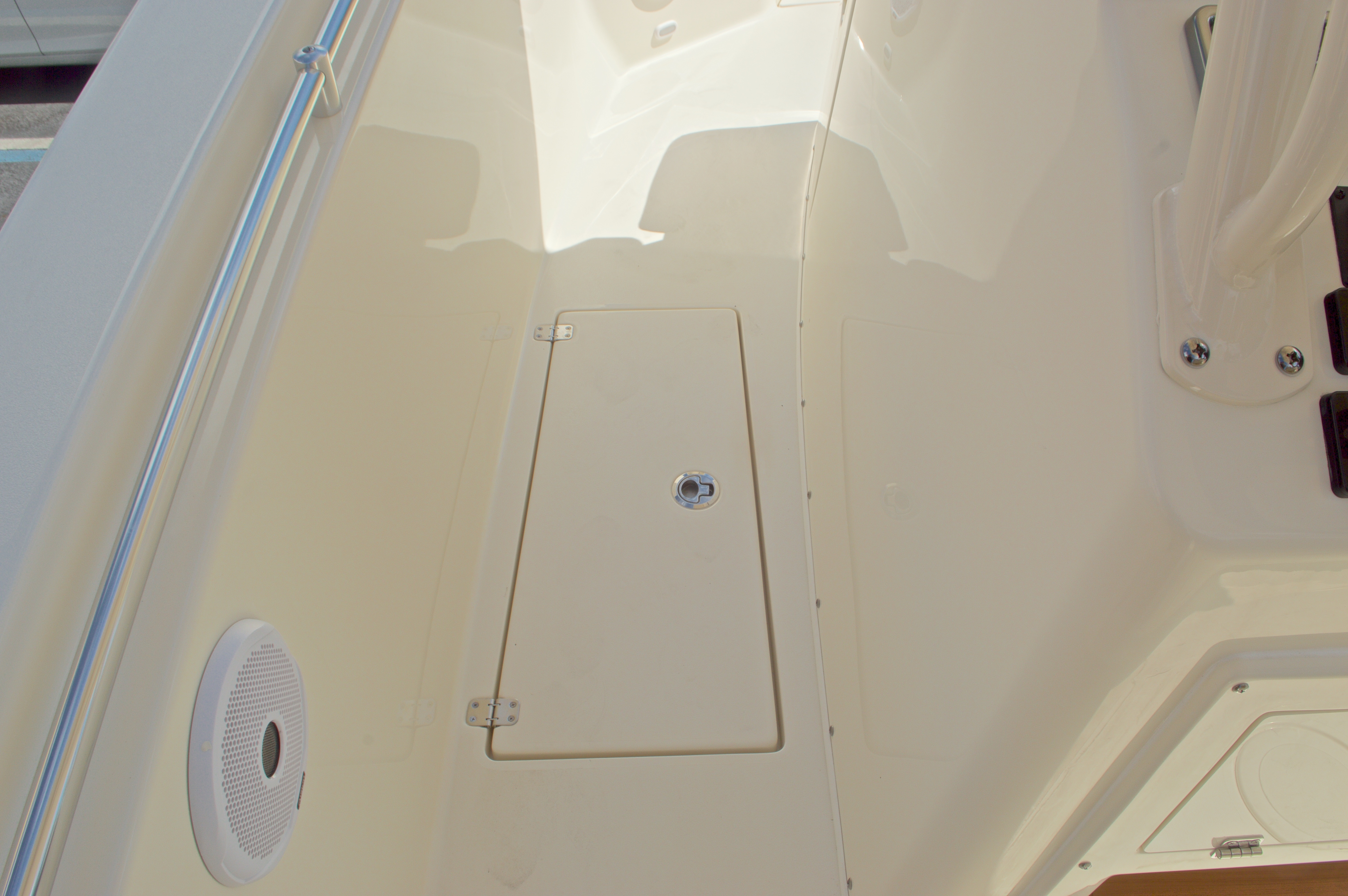 Thumbnail 53 for New 2016 Cobia 296 Center Console boat for sale in West Palm Beach, FL