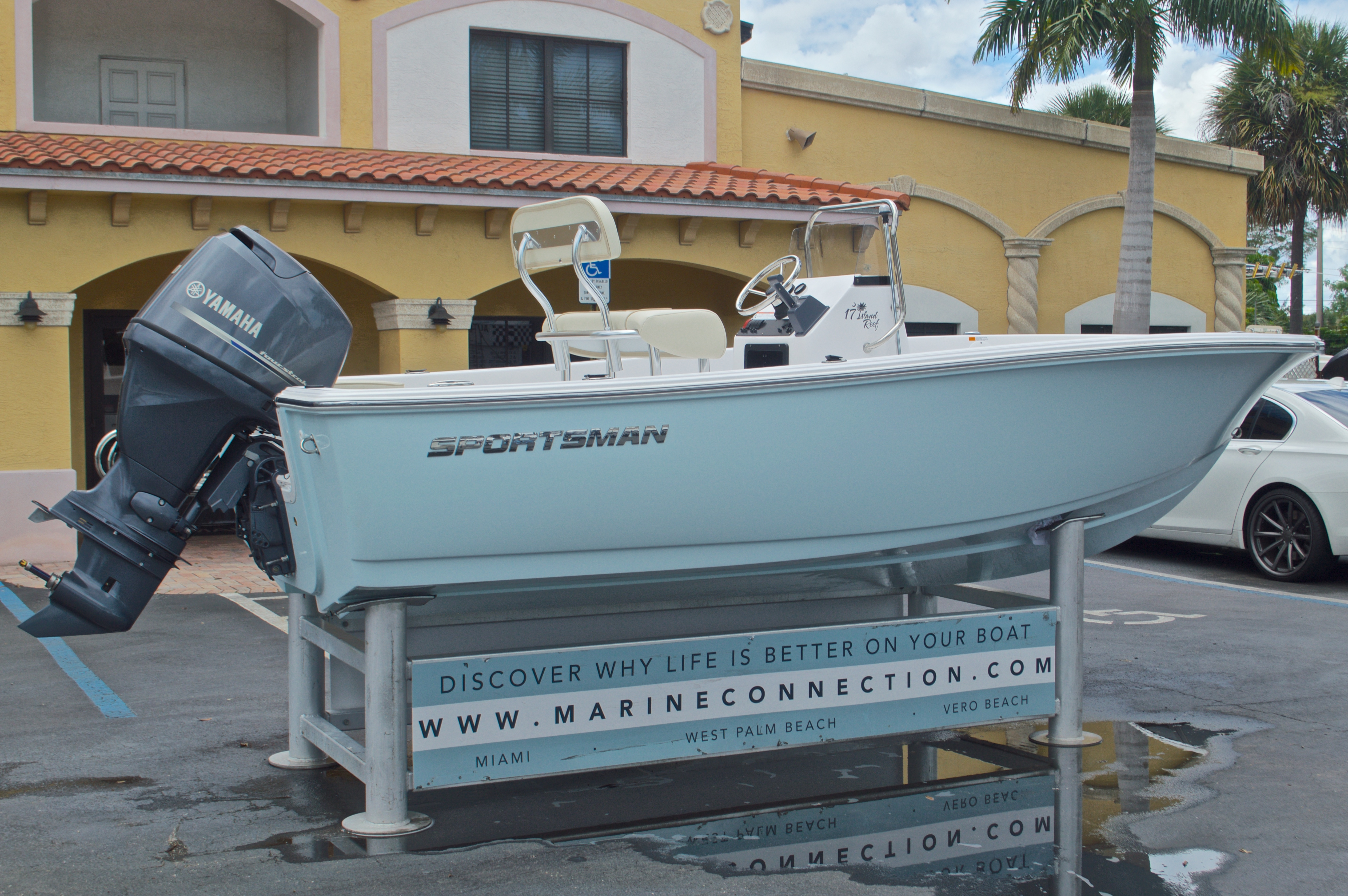 Thumbnail 7 for New 2016 Sportsman 17 Island Reef boat for sale in Miami, FL