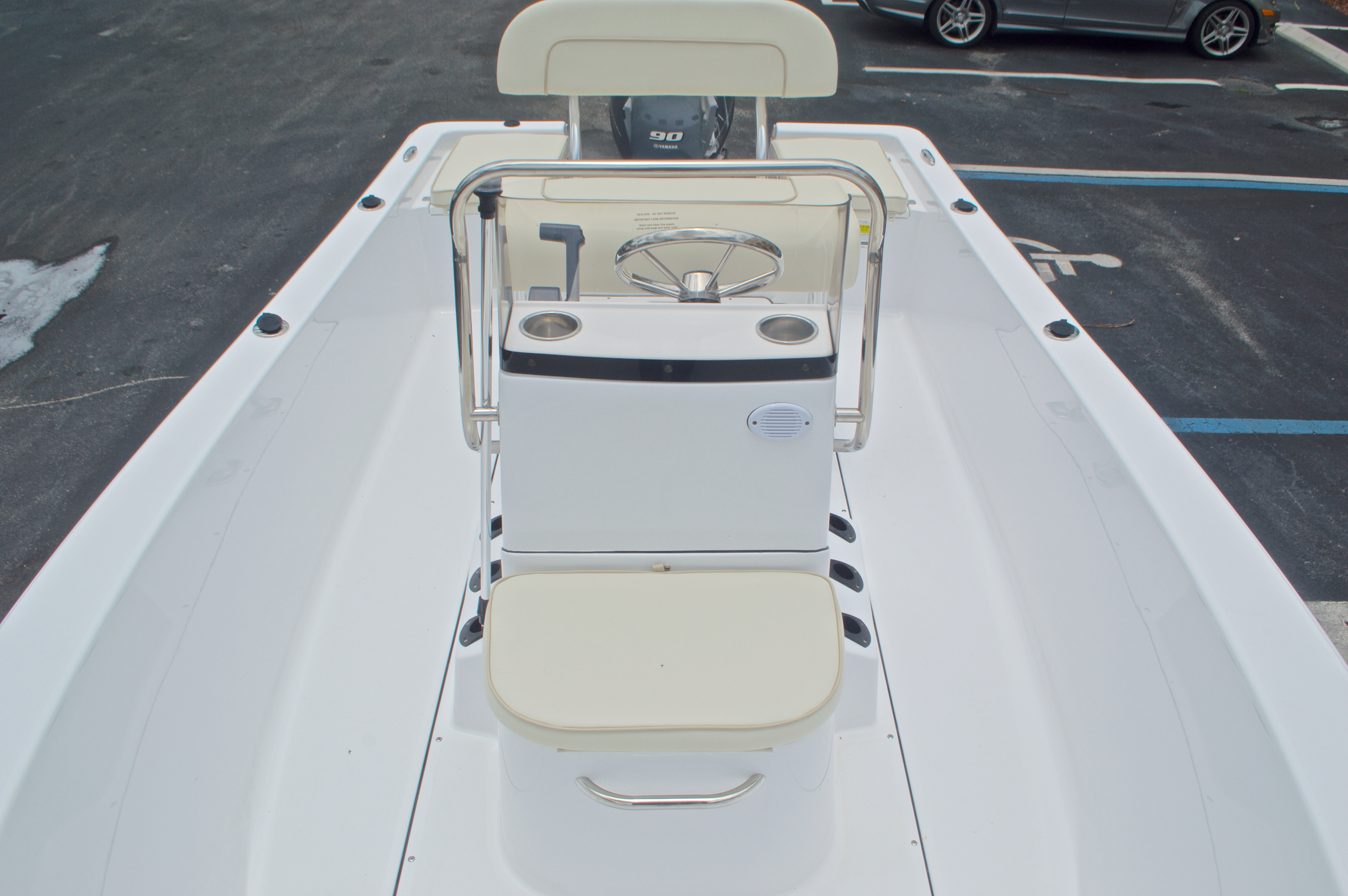 Thumbnail 23 for New 2016 Sportsman 17 Island Reef boat for sale in Miami, FL