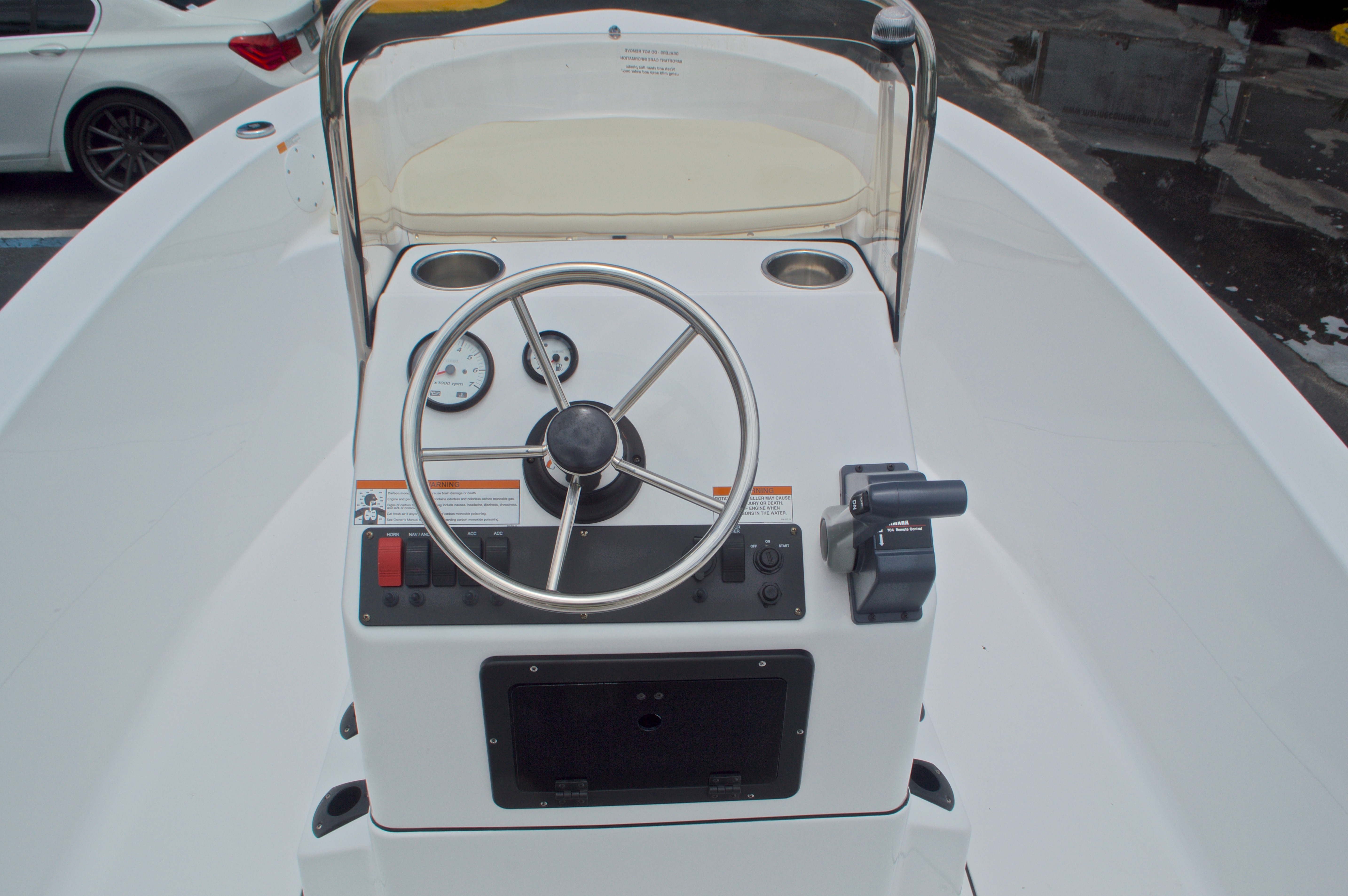 Thumbnail 22 for New 2016 Sportsman 17 Island Reef boat for sale in Miami, FL