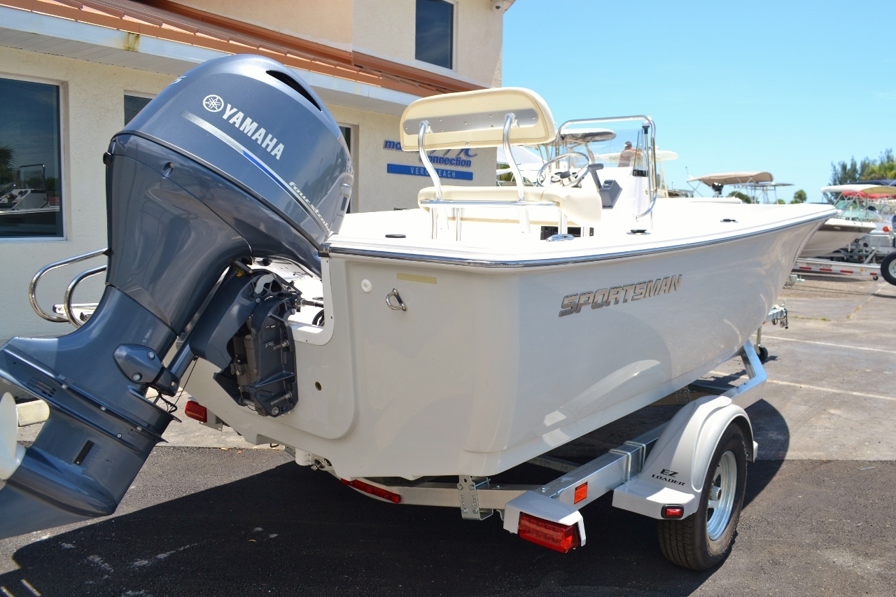 Thumbnail 6 for New 2016 Sportsman 19 Island Reef boat for sale in Miami, FL