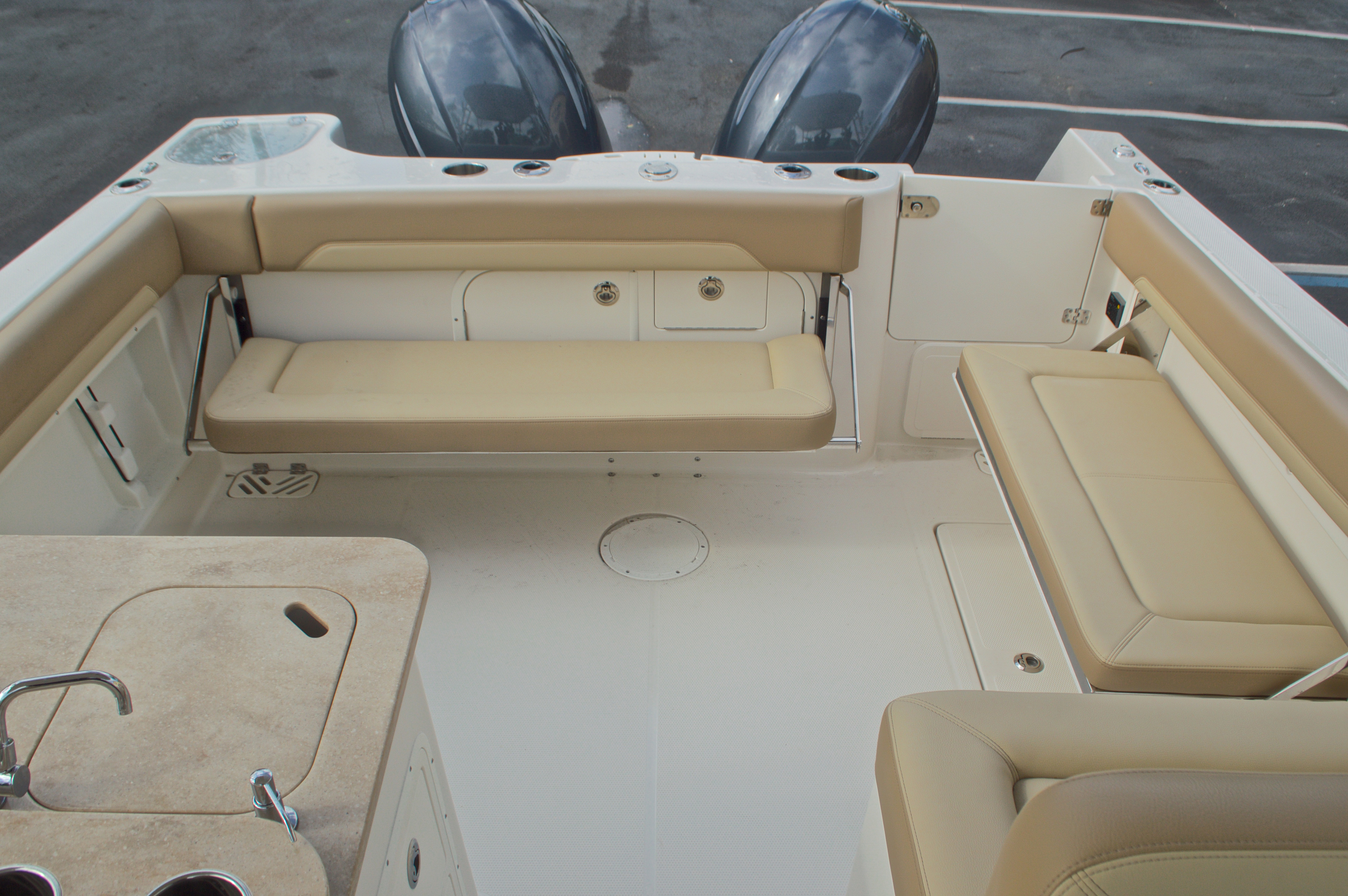 Thumbnail 12 for New 2017 Sailfish 275 Dual Console boat for sale in West Palm Beach, FL