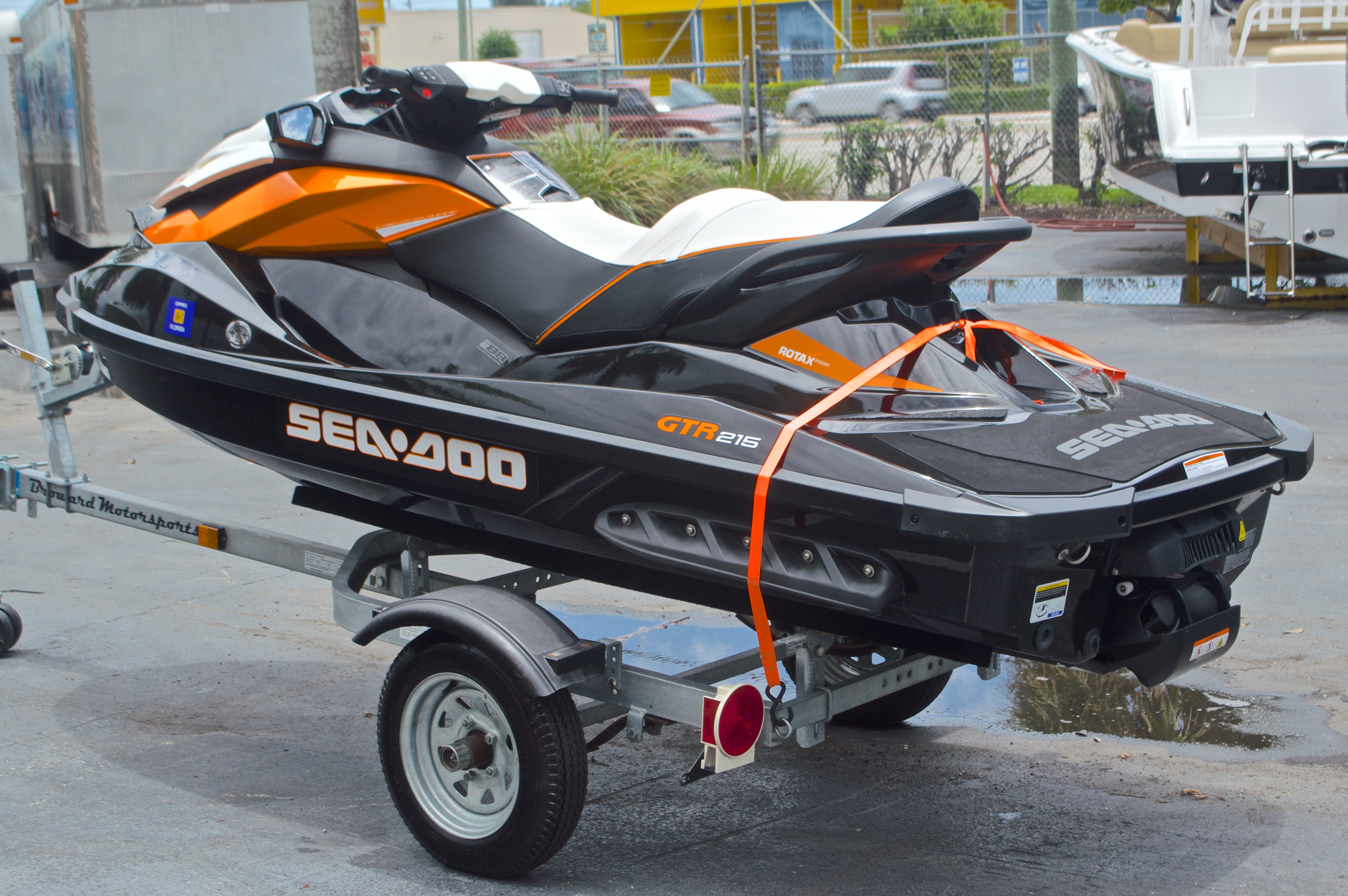 Thumbnail 5 for Used 2014 Sea-Doo GTR 215 boat for sale in West Palm Beach, FL