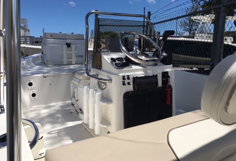Thumbnail 14 for Used 2014 Key West 1520 Sportsman Center Console boat for sale in Miami, FL