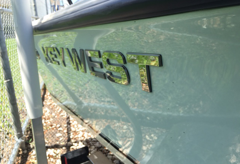 Thumbnail 3 for Used 2014 Key West 1520 Sportsman Center Console boat for sale in Miami, FL