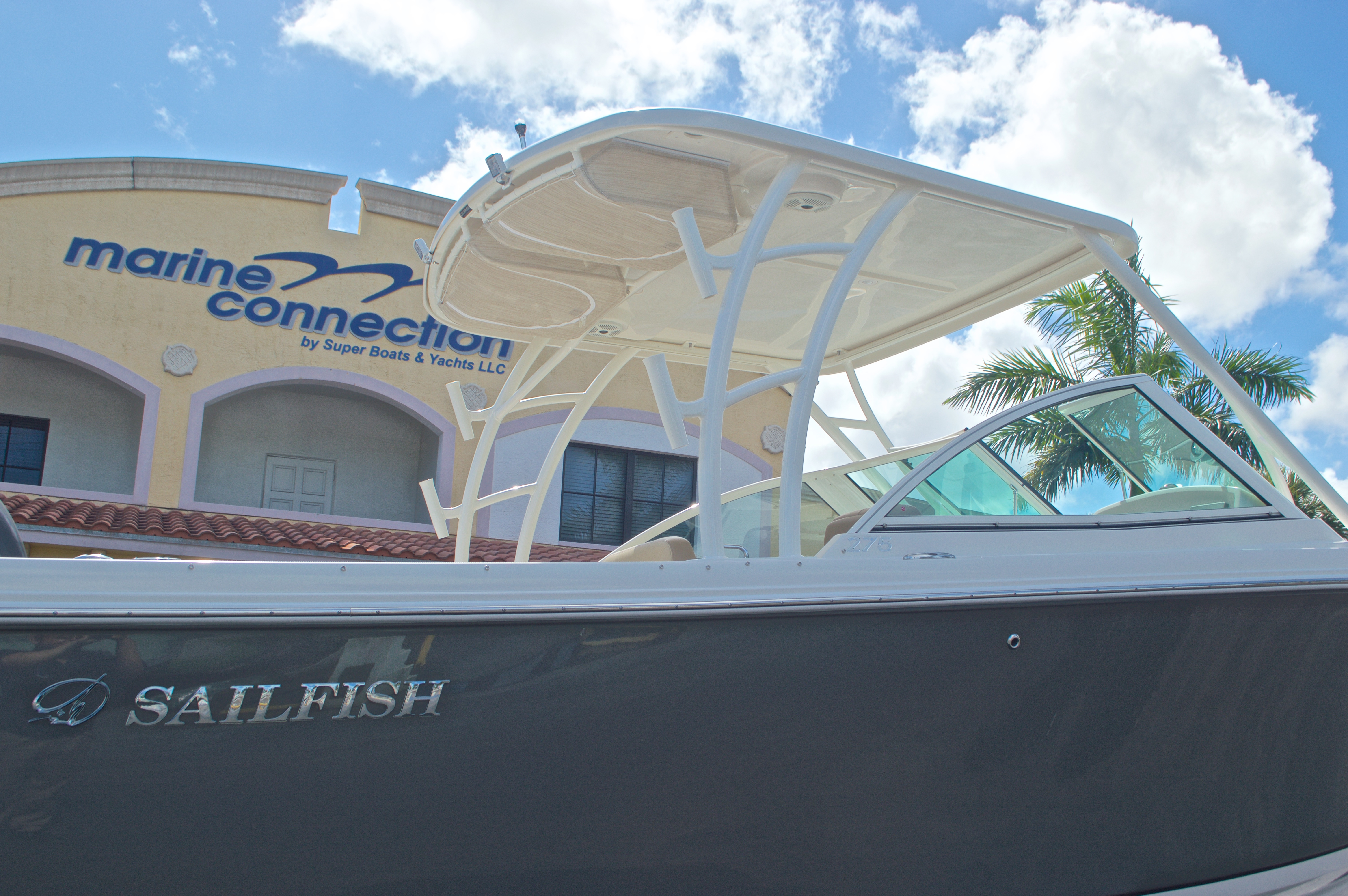 Thumbnail 9 for New 2017 Sailfish 275 Dual Console boat for sale in West Palm Beach, FL