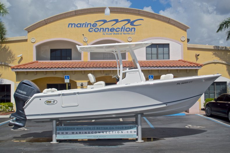 Used 2015 Sea Hunt 235 SE Center Console boat for sale in West Palm Beach, FL