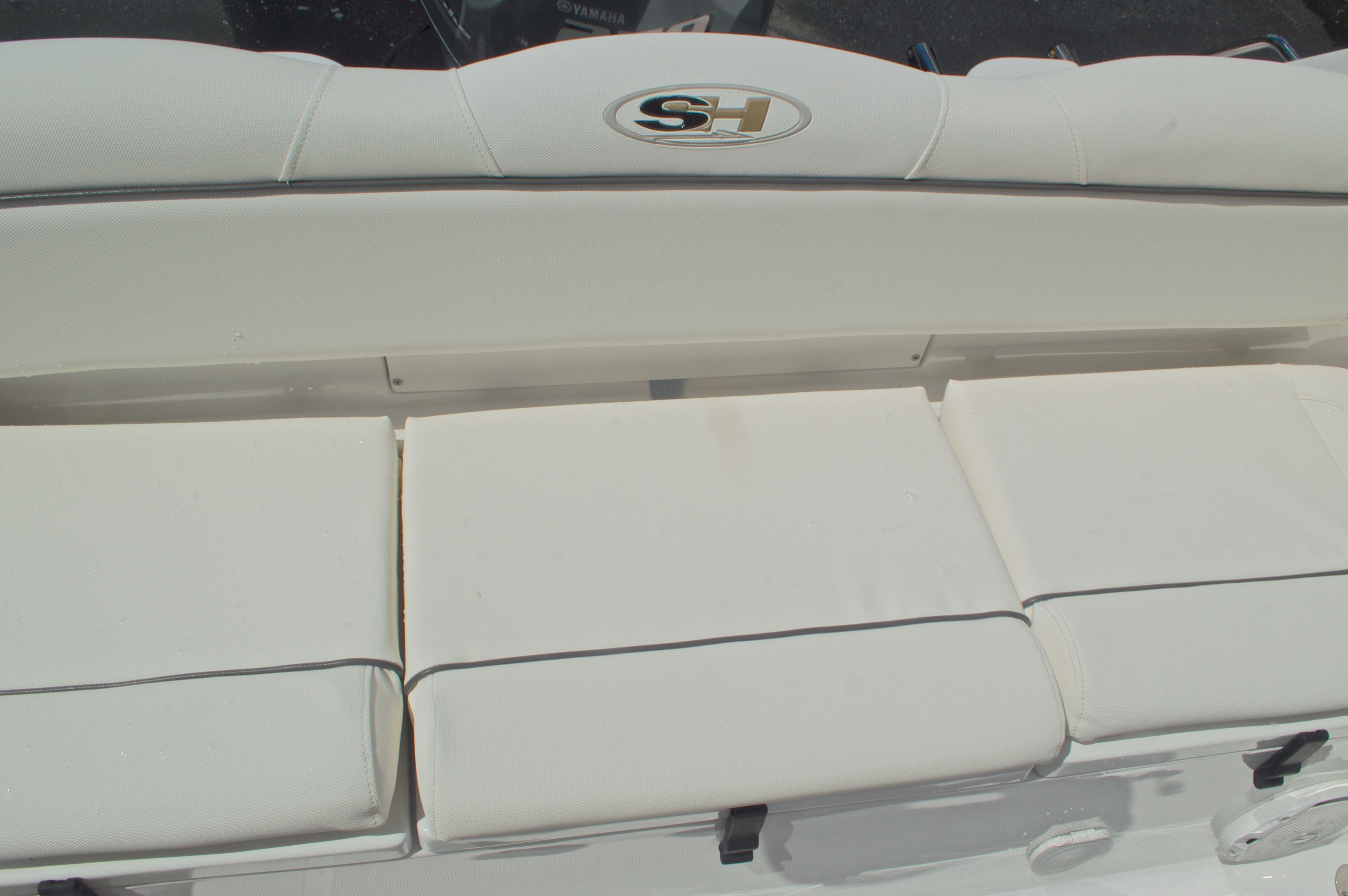 Thumbnail 19 for Used 2015 Sea Hunt 235 SE Center Console boat for sale in West Palm Beach, FL