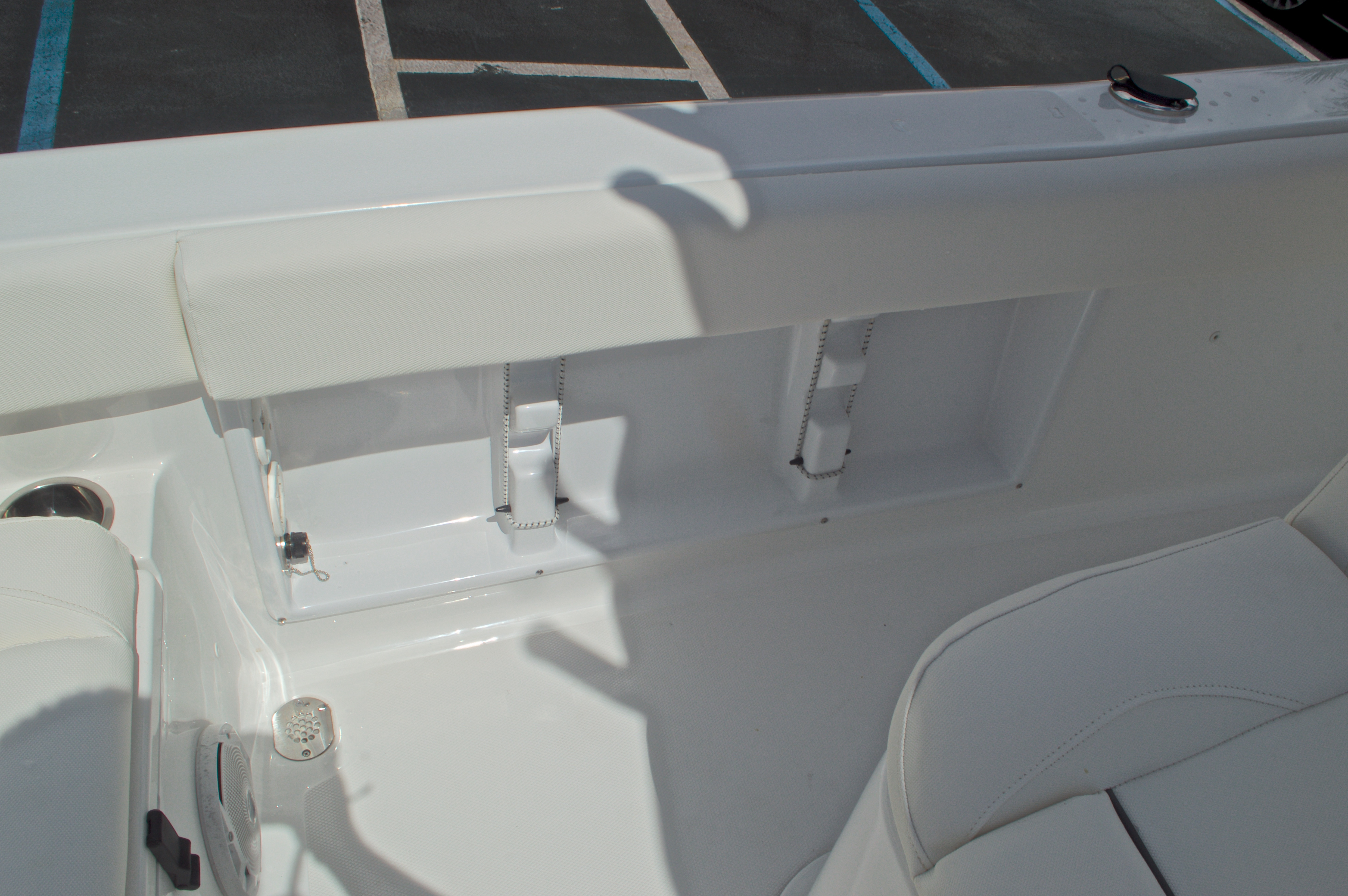 Thumbnail 27 for Used 2015 Sea Hunt 235 SE Center Console boat for sale in West Palm Beach, FL