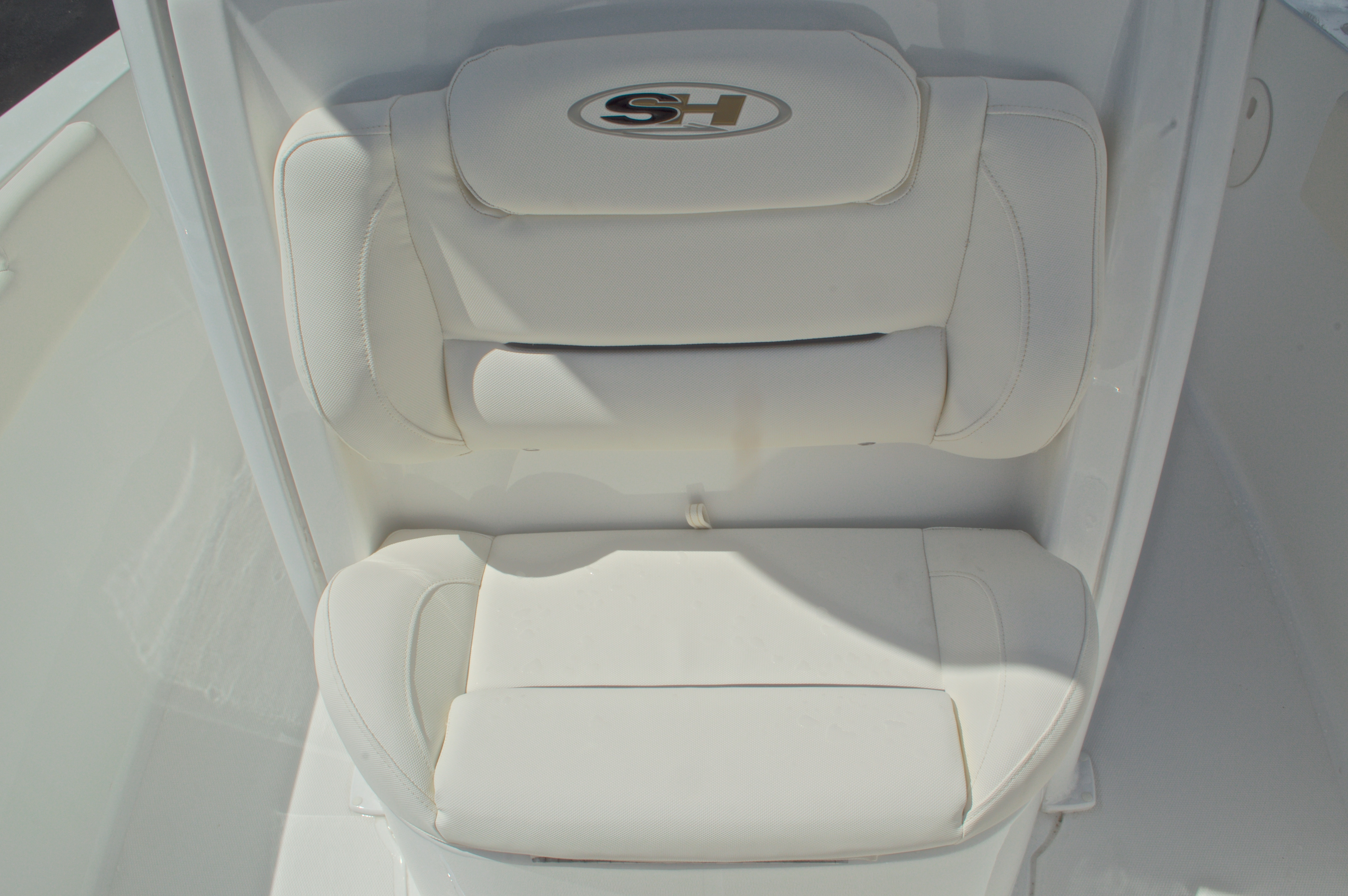 Thumbnail 51 for Used 2015 Sea Hunt 235 SE Center Console boat for sale in West Palm Beach, FL