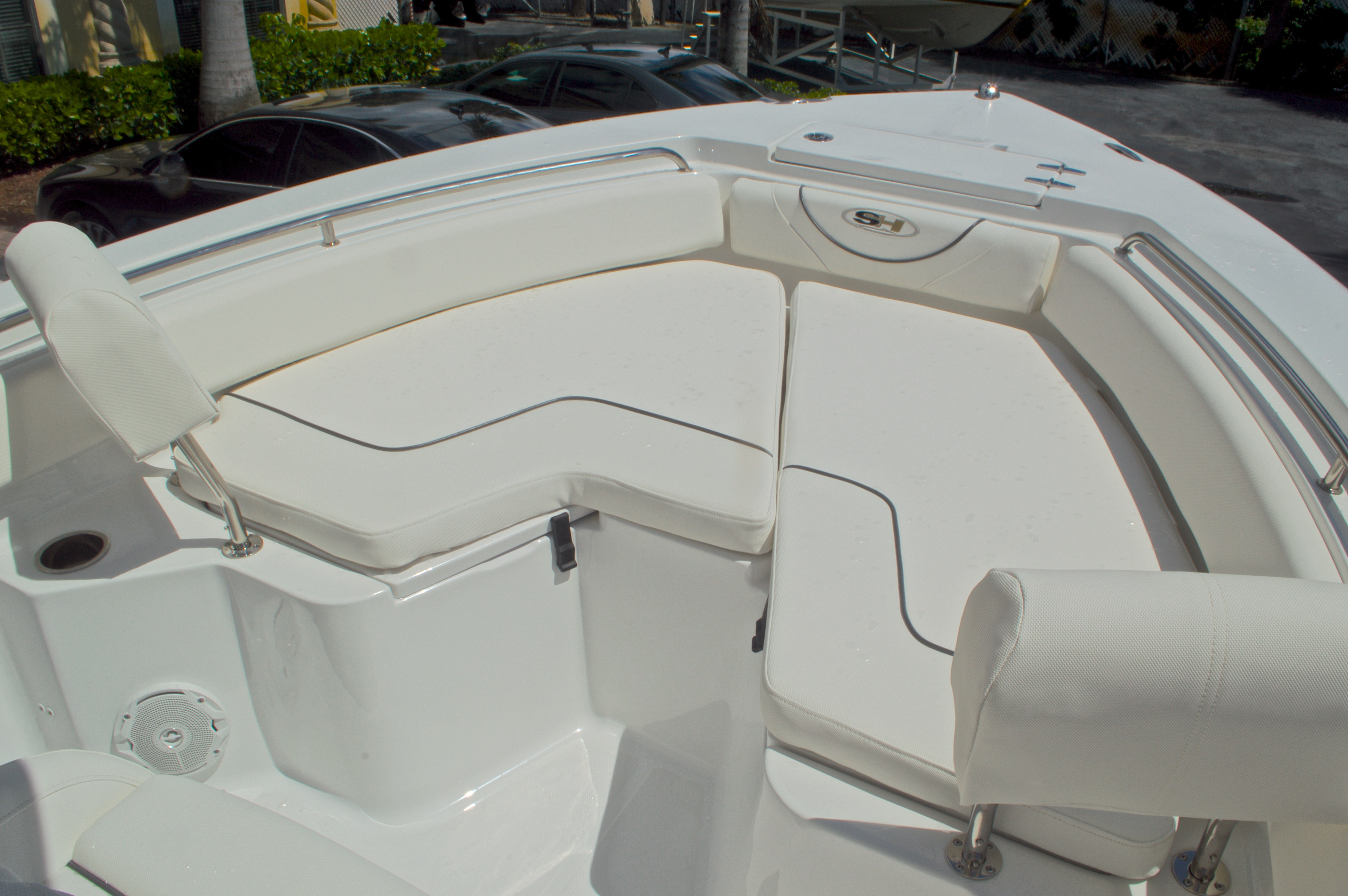Thumbnail 53 for Used 2015 Sea Hunt 235 SE Center Console boat for sale in West Palm Beach, FL