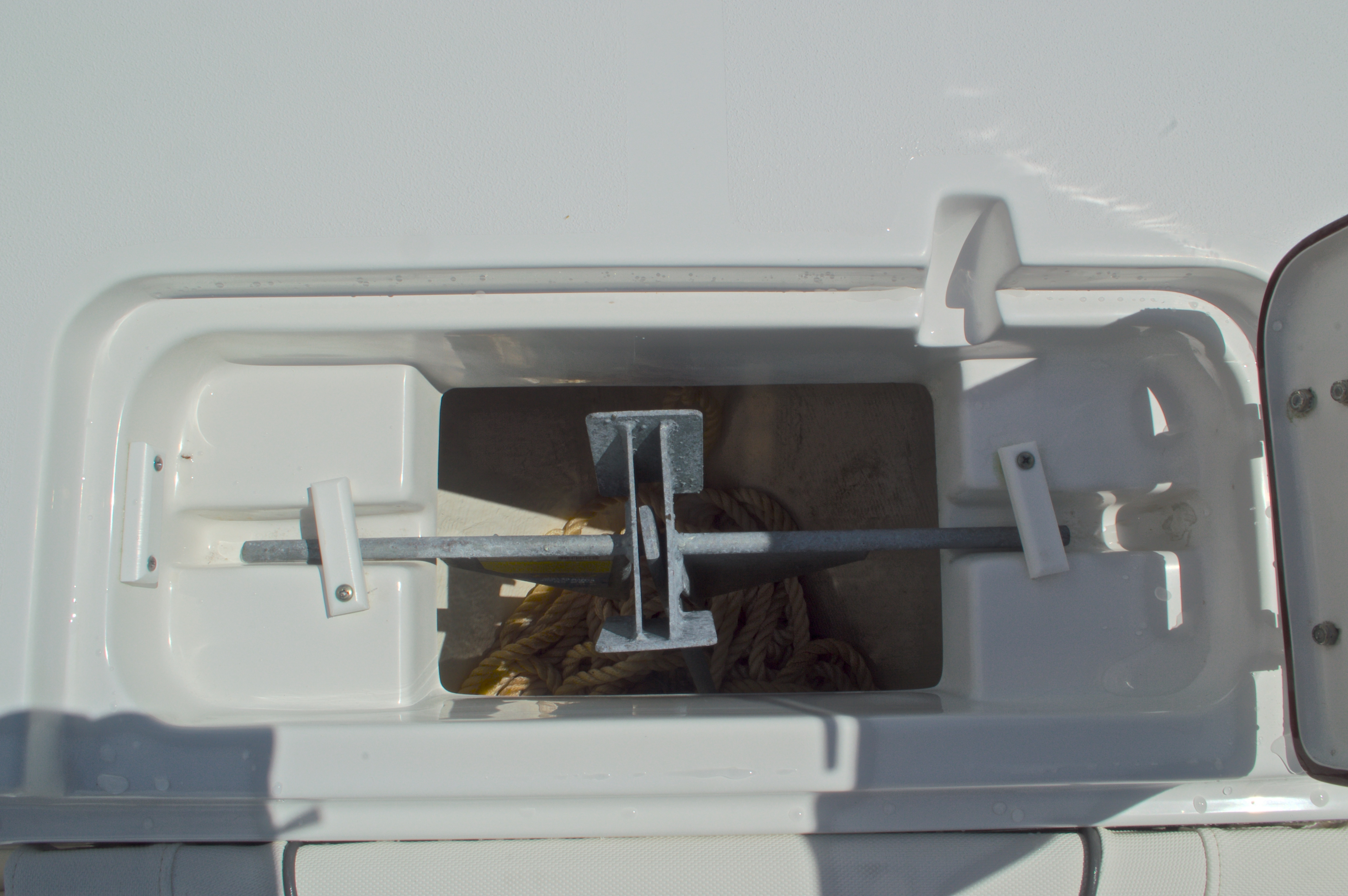 Thumbnail 58 for Used 2015 Sea Hunt 235 SE Center Console boat for sale in West Palm Beach, FL