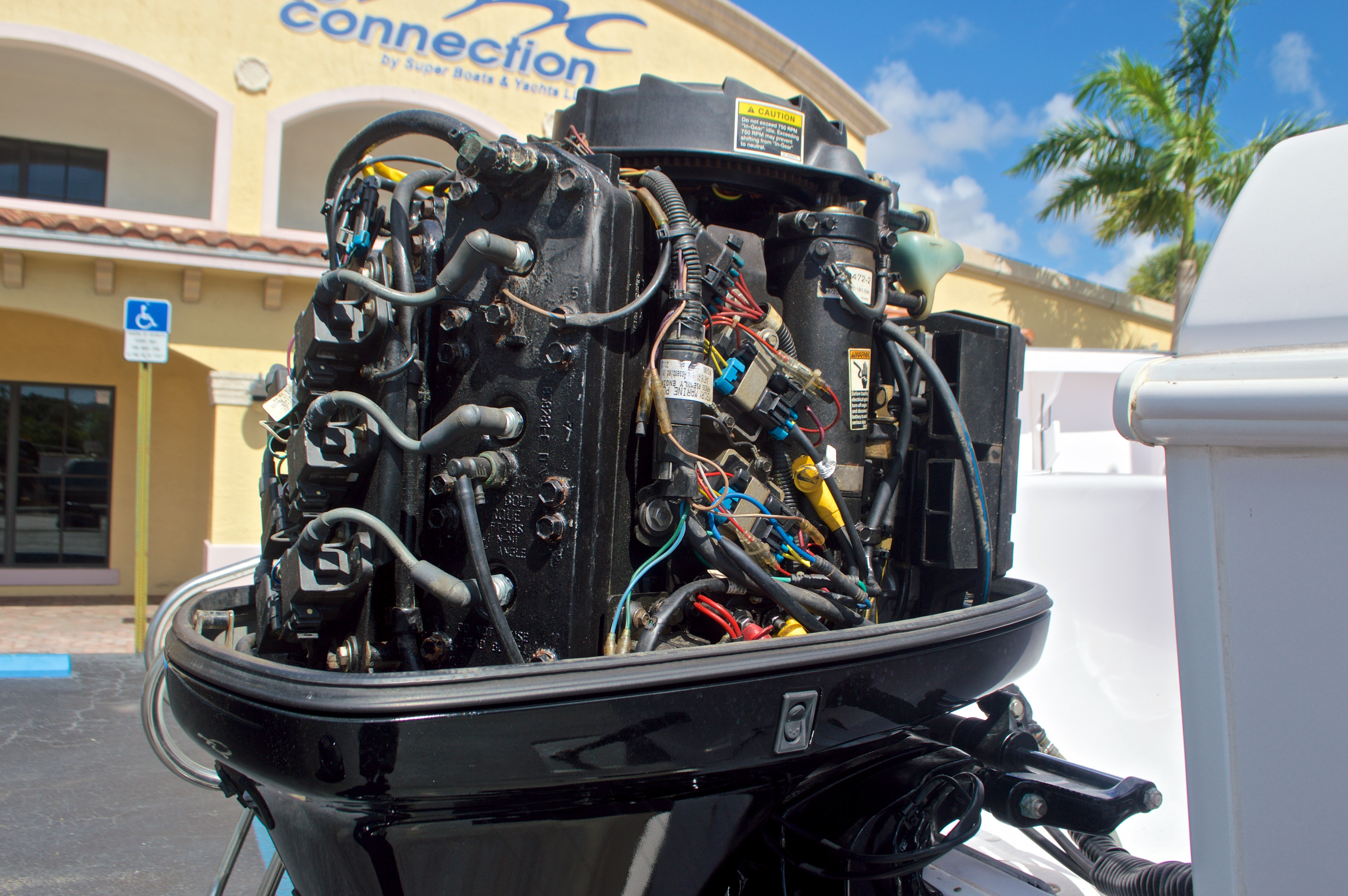 Thumbnail 11 for Used 2002 Pro-Line 22 Sport boat for sale in West Palm Beach, FL