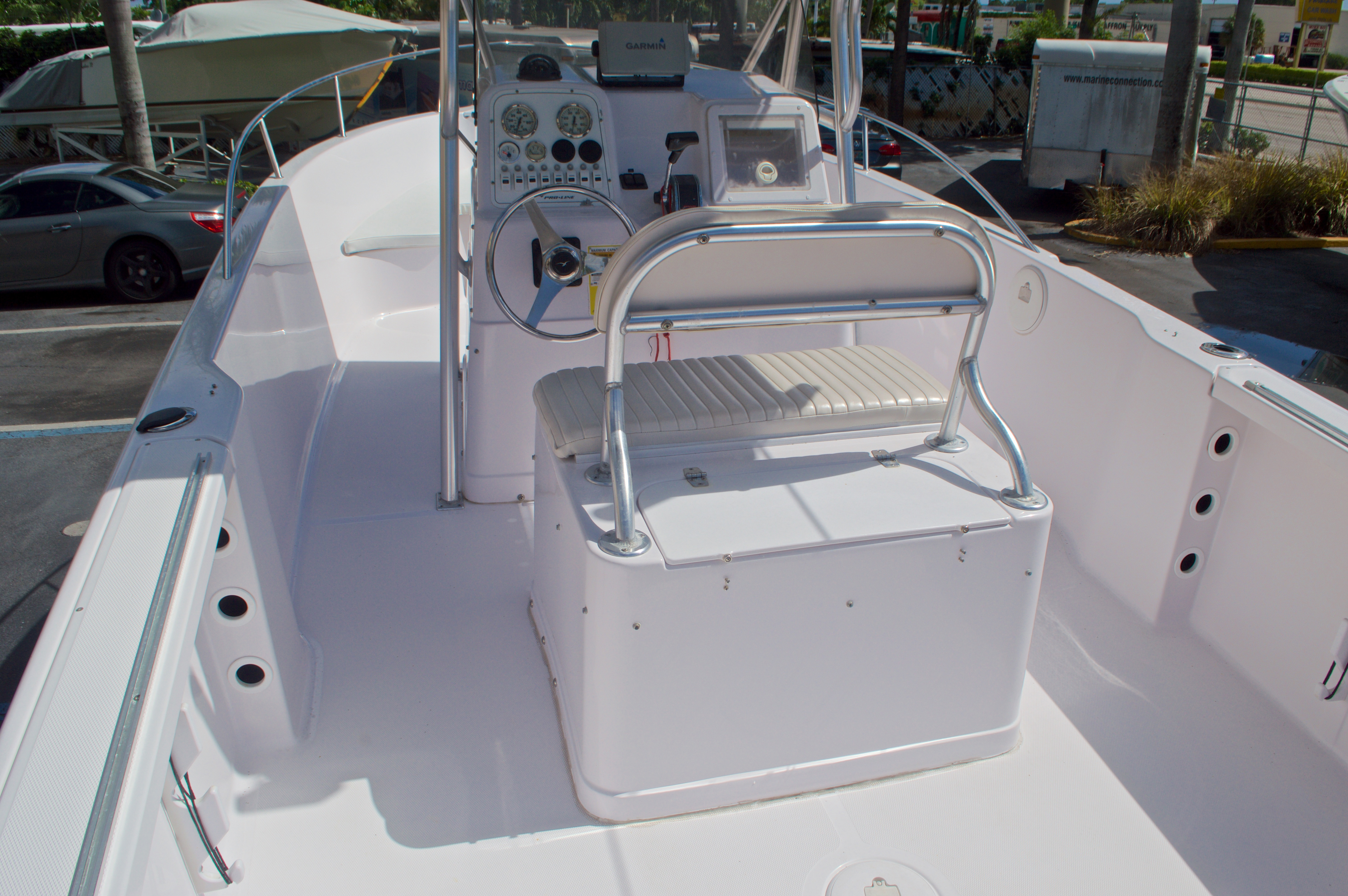 Thumbnail 14 for Used 2002 Pro-Line 22 Sport boat for sale in West Palm Beach, FL