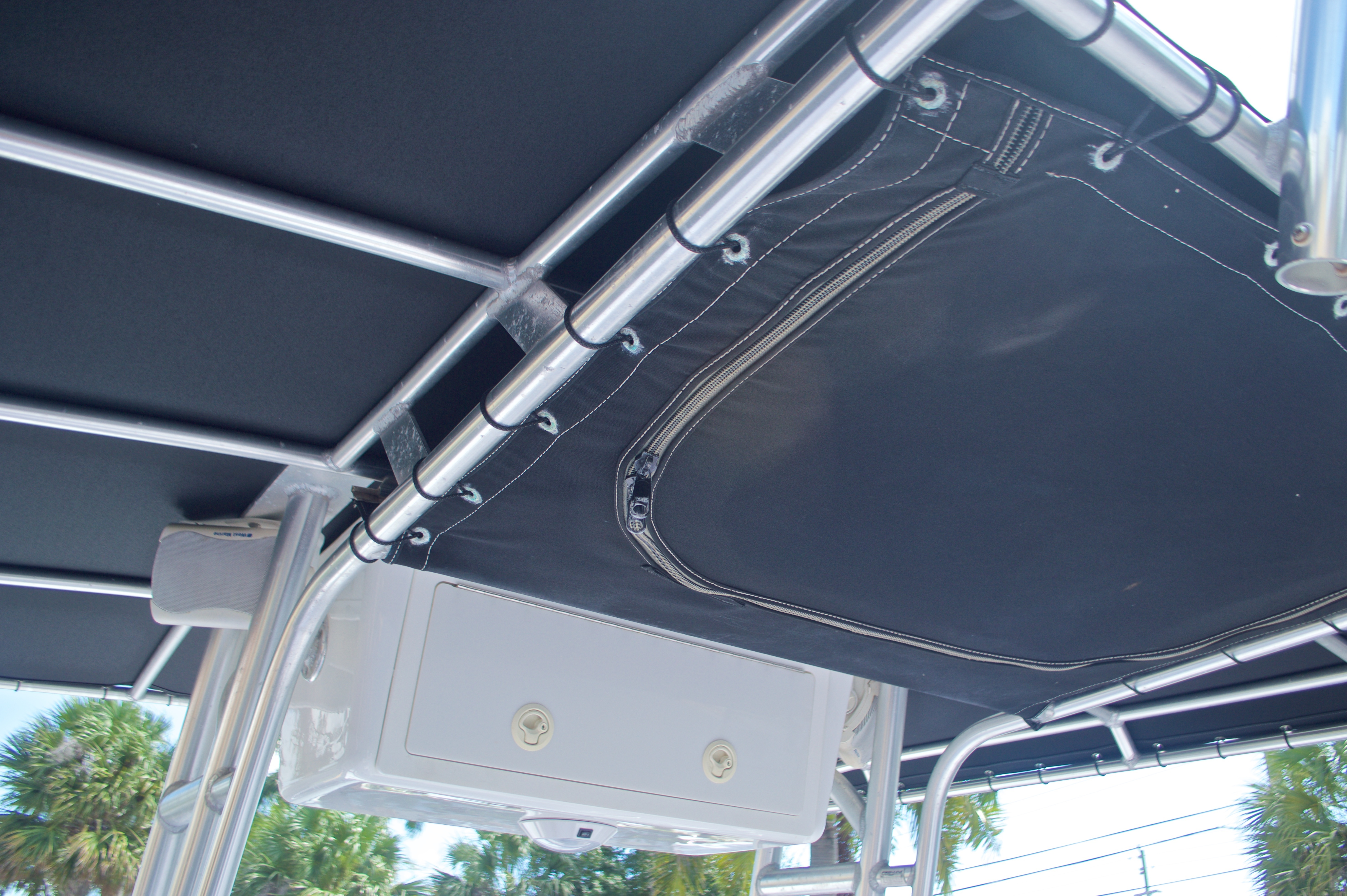 Thumbnail 28 for Used 2002 Pro-Line 22 Sport boat for sale in West Palm Beach, FL