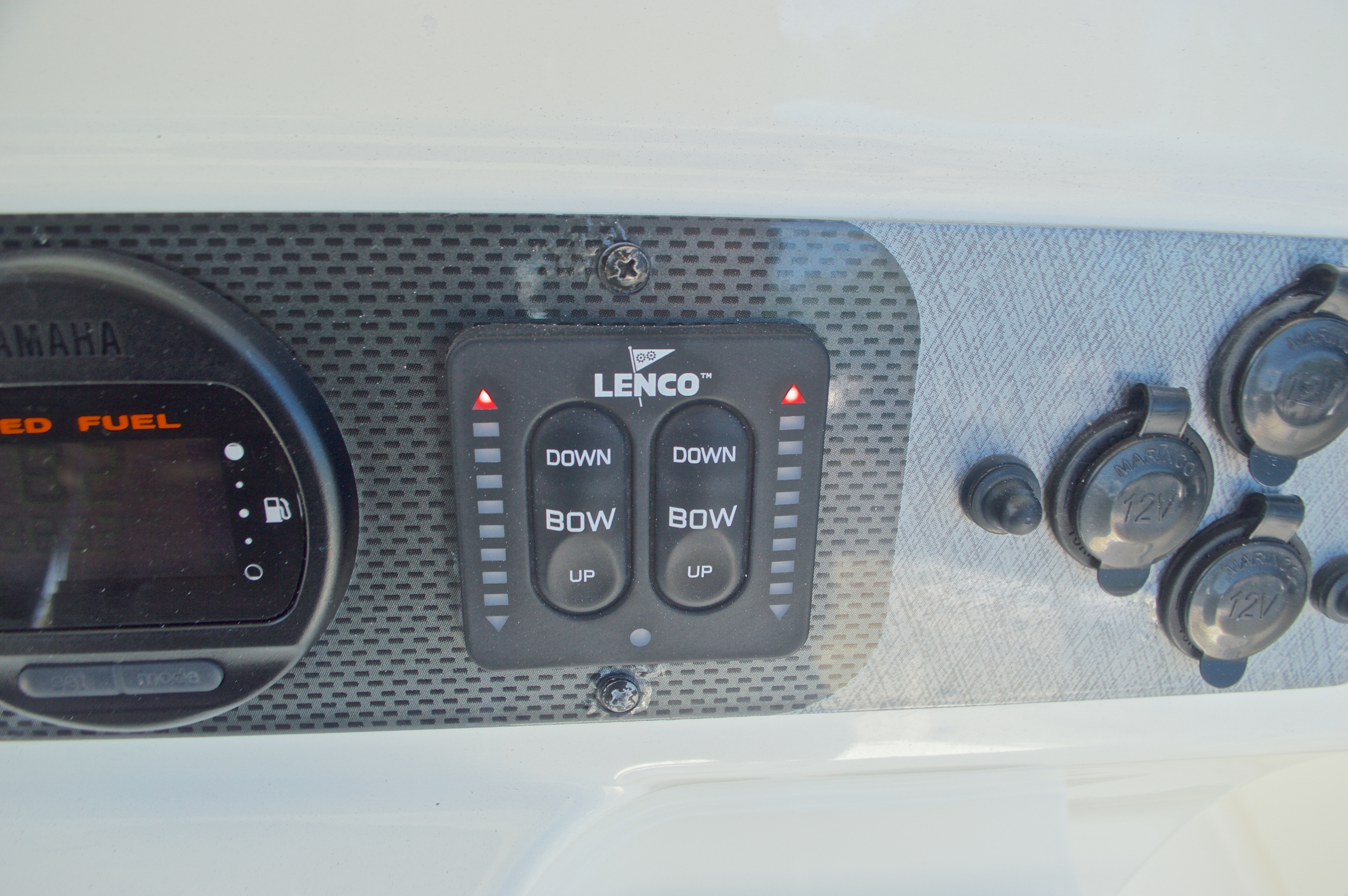 Thumbnail 45 for Used 2008 Hydra-Sports 2500 Vector Center Console boat for sale in West Palm Beach, FL