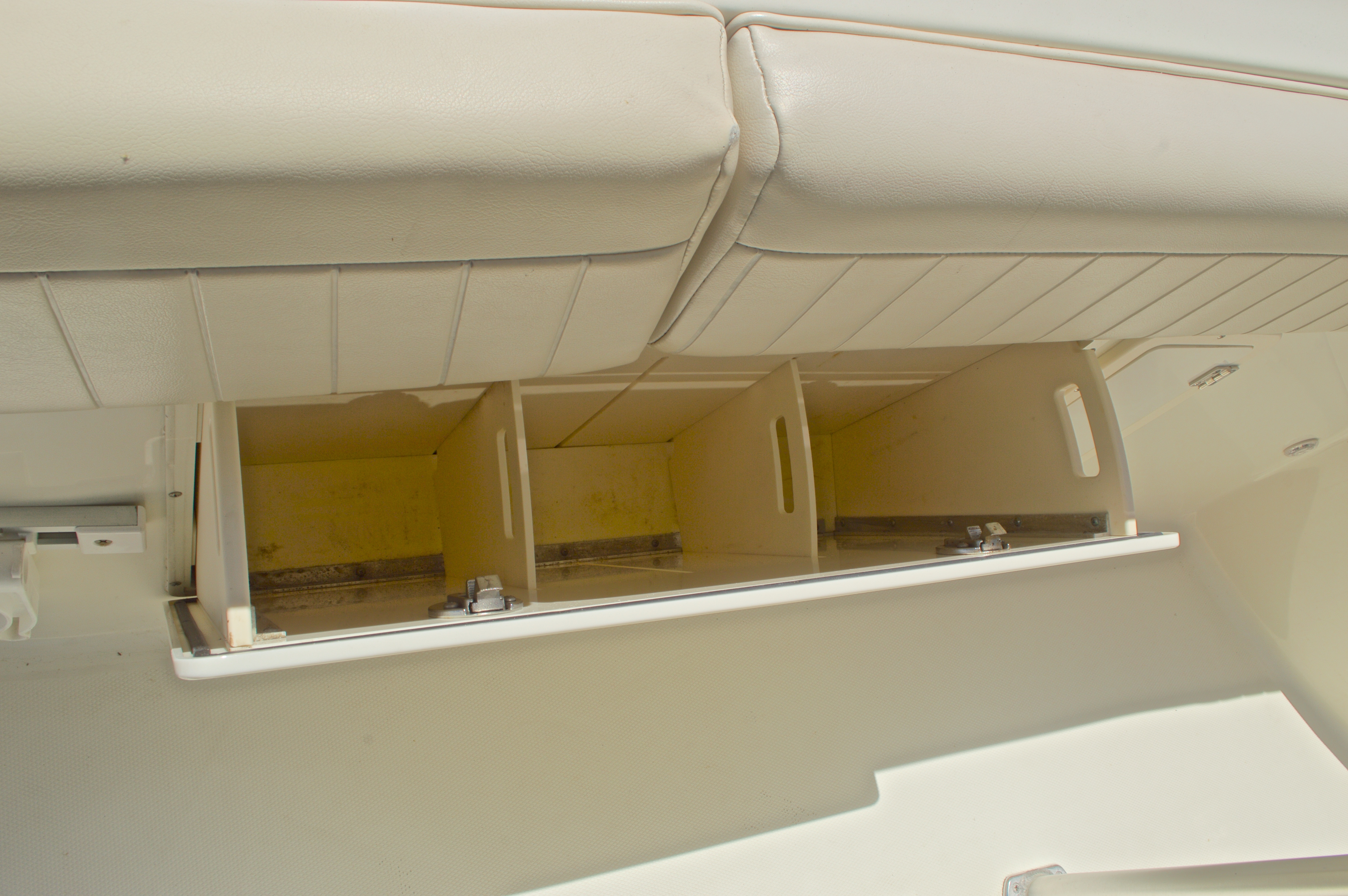 Thumbnail 51 for Used 2008 Hydra-Sports 2500 Vector Center Console boat for sale in West Palm Beach, FL